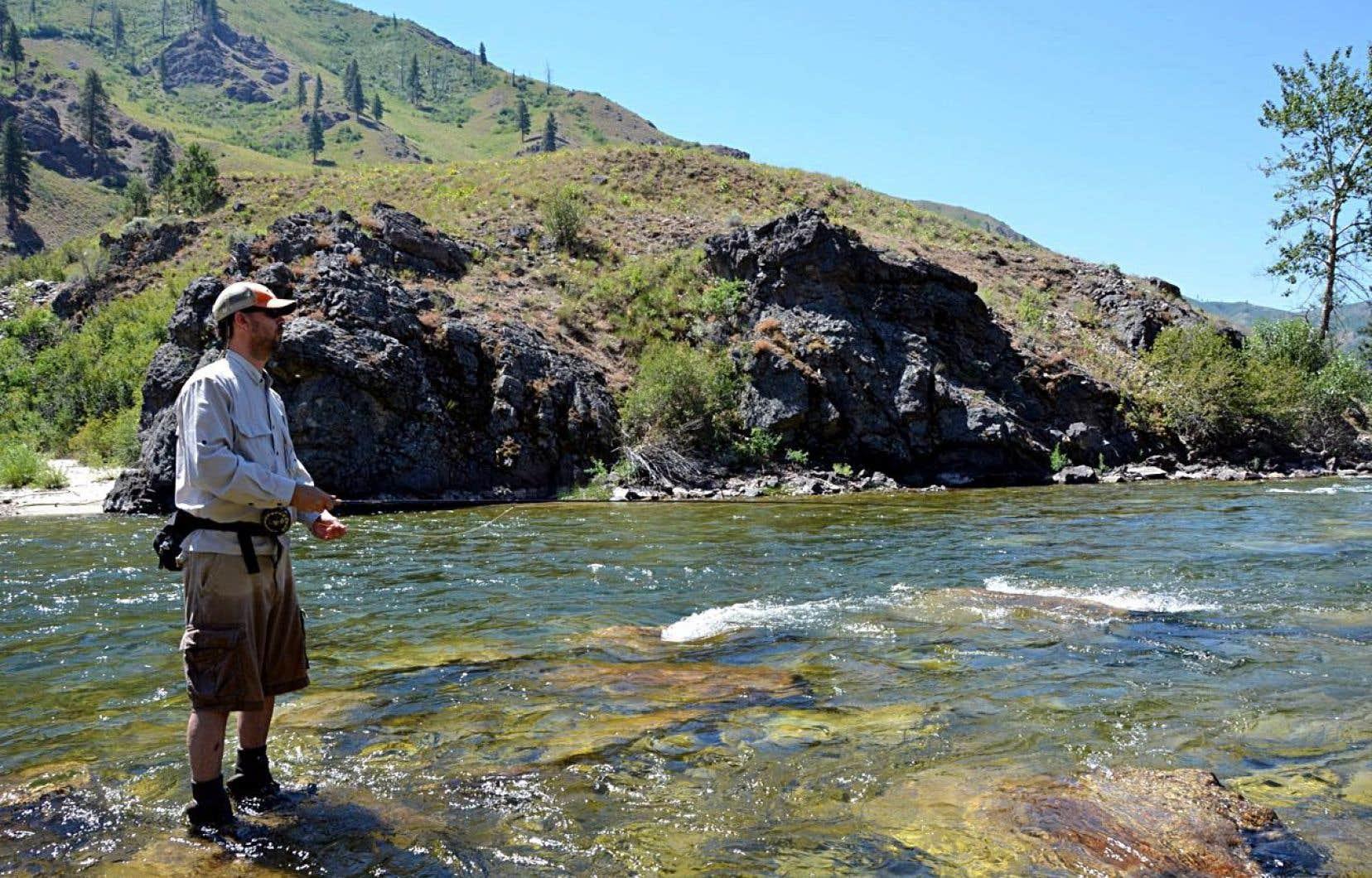 Partie de pêche à la truite dans la rivière Boise, en Idaho