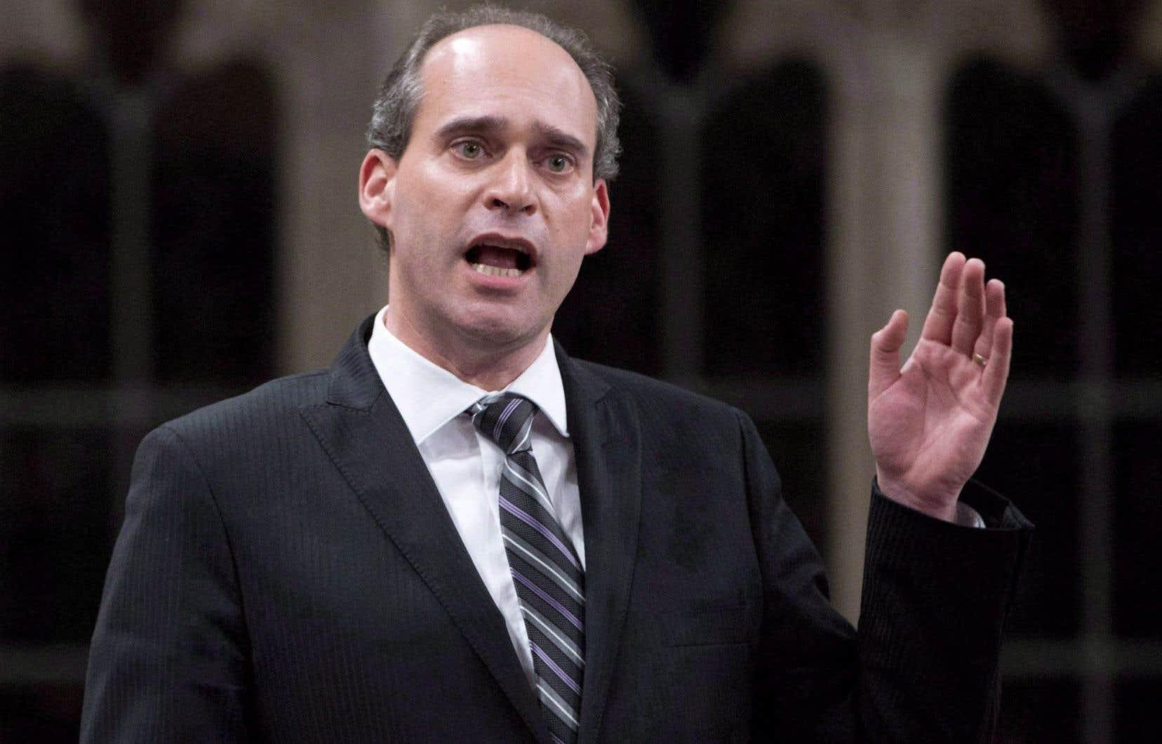 Guy Caron a été élu député de la région de Rimouski en 2011, puis réélu aux élections de 2015.