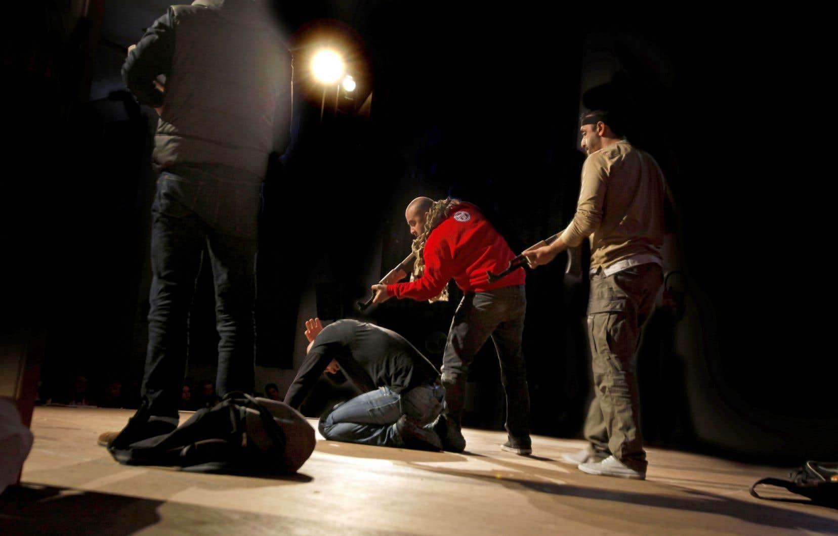 L'auteur de «Djihad», Ismaël Saidi, s'explique mal qu'on annule la présentation de sa pièce.