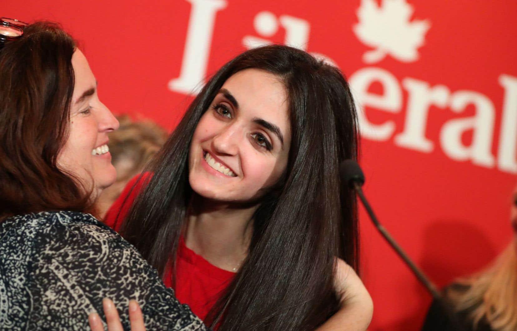<p>Emmanuella Lambropoulos était la seule candidate à habiter dans la circonscription de Saint-Laurent.</p>