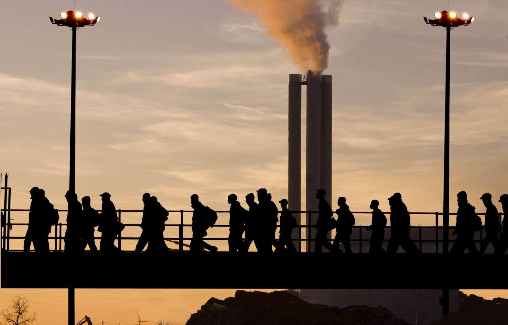 La désindustrialisation a provoqué une rupture majeure dans la vie de dizaines de millions de familles ouvrières, y compris celle de l'auteur.