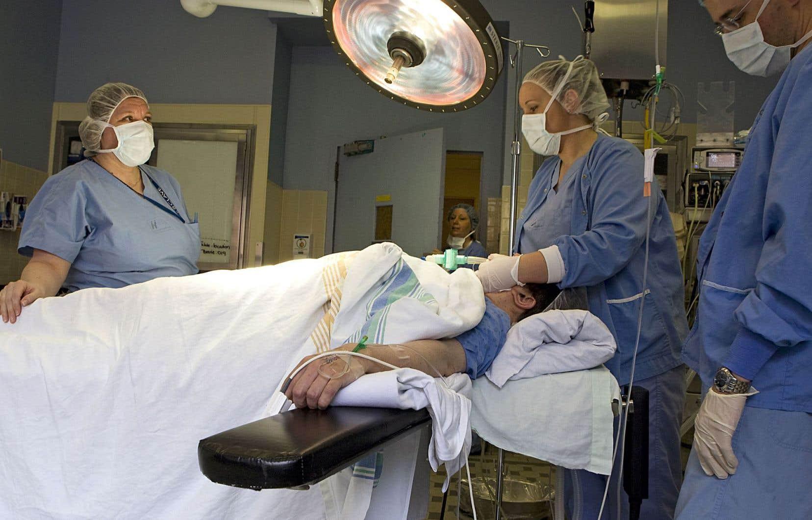Si le CSBE attribue au Québec la note de 67 sur 100 en matière d'équité, c'est que riches et pauvres ne retirent pas les mêmes bénéfices de notre système de santé.