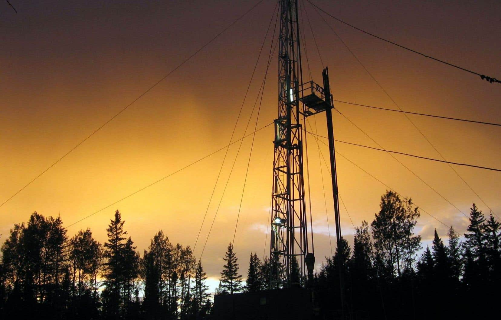 La production de gaz naturel a bondi de 40% au sud de la frontière sur dix ans, alors qu'elle a fait du surplace de ce côté-ci.