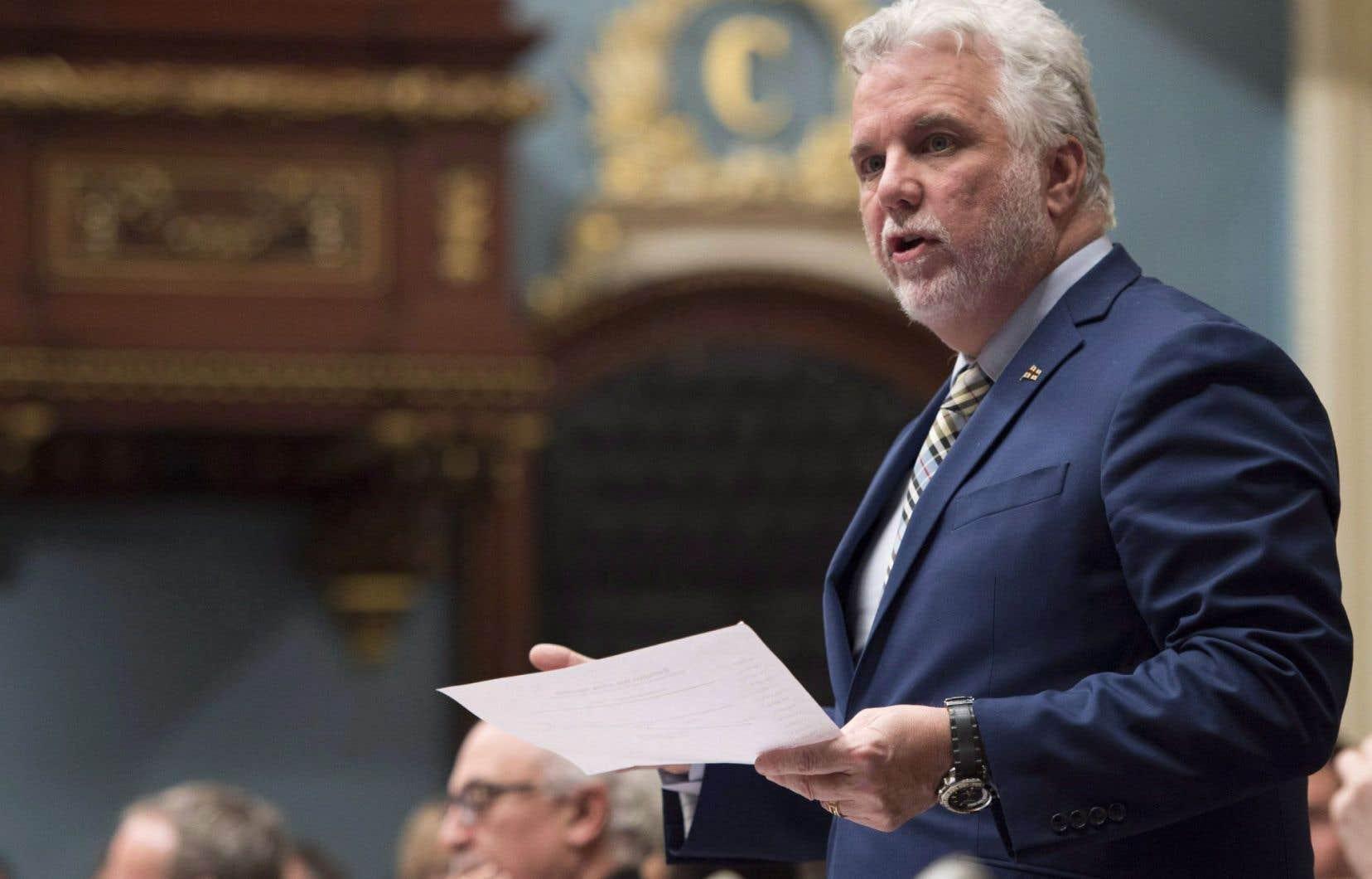 Le premier ministre Couillard a contacté récemment à ce sujet le gouverneur du Michigan, Rick Snyder, et la première ministre de l'Ontario, Kathleen Wynne.