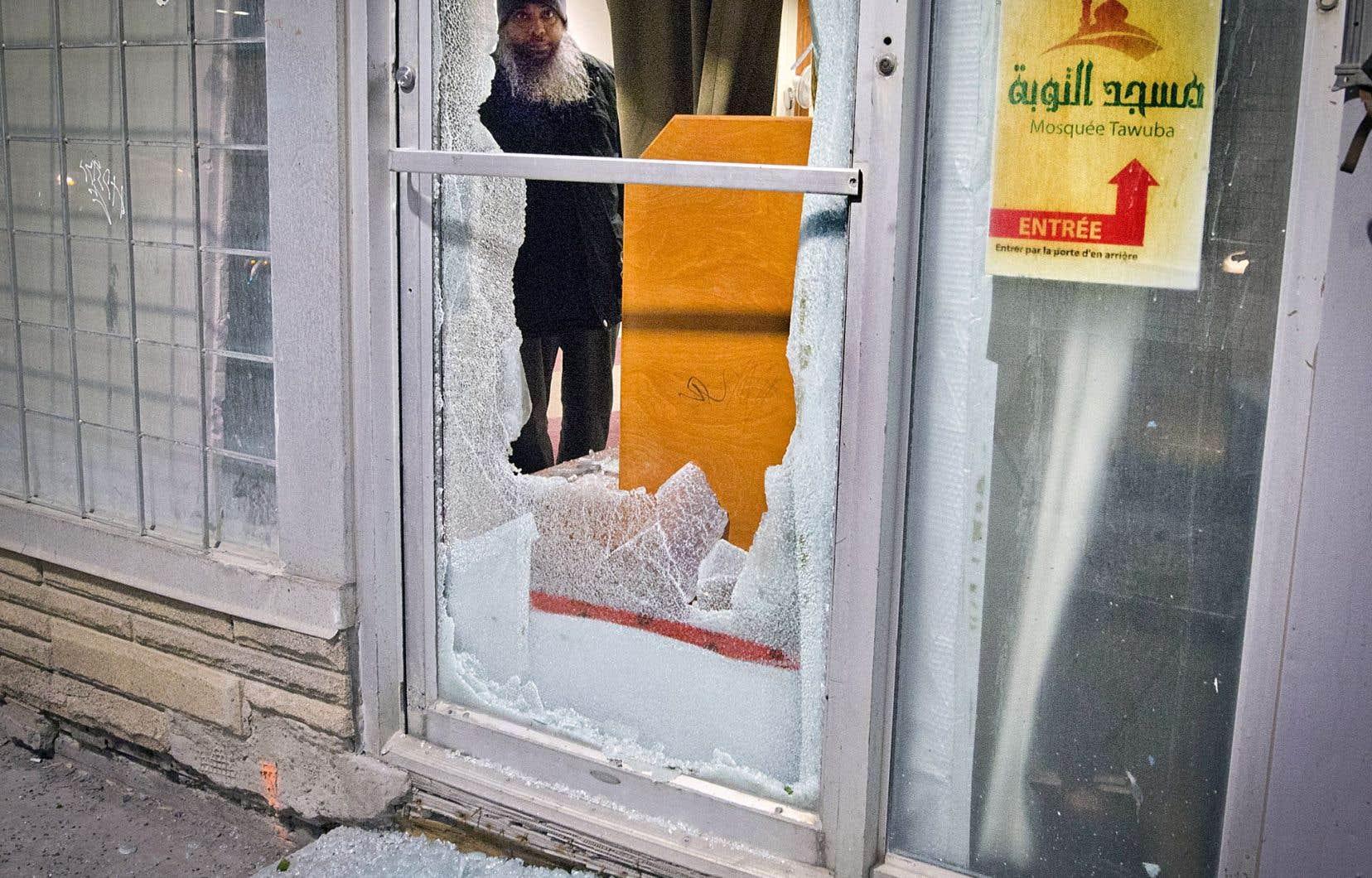 Une mosquée vandalisée à Montréal