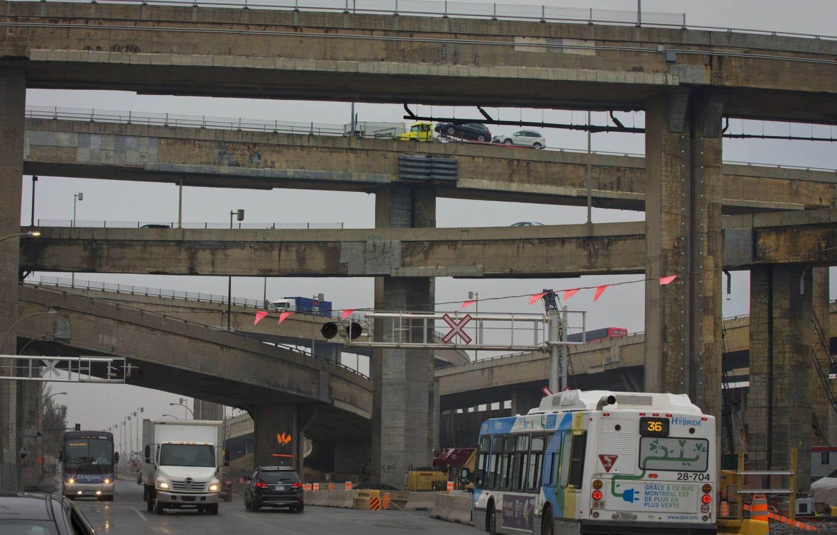 Selon le président de l'UMQ et maire de Sherbrooke, Bernard Sévigny, près de 60 % des infrastructures publiques sont sous la responsabilité des municipalités.