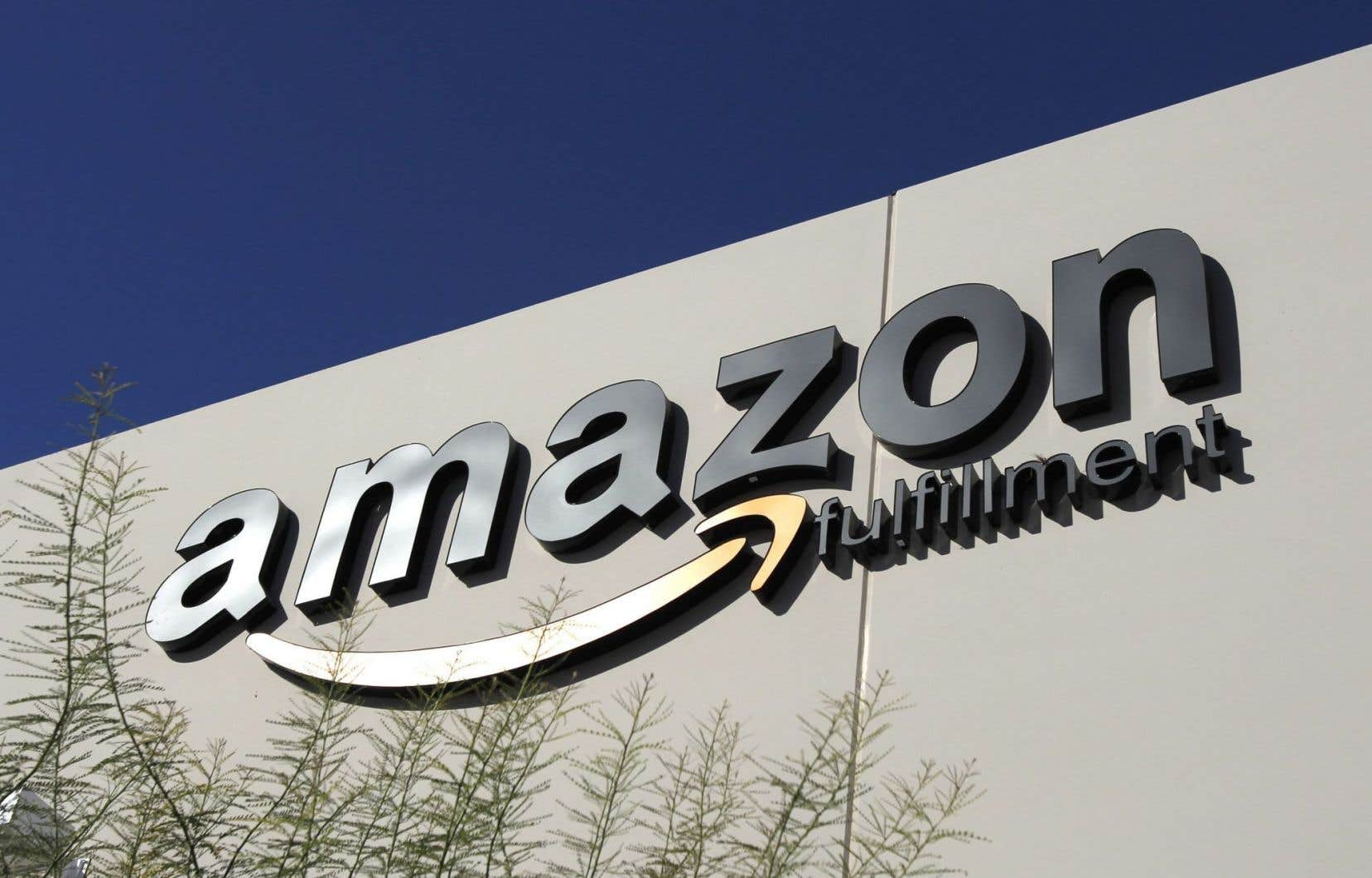 Amazon a élargi ses opérations dans des domaines tels que l'informatique dématérialisé et la vidéo en streaming, où il essaie de rivaliser avec Netflix.