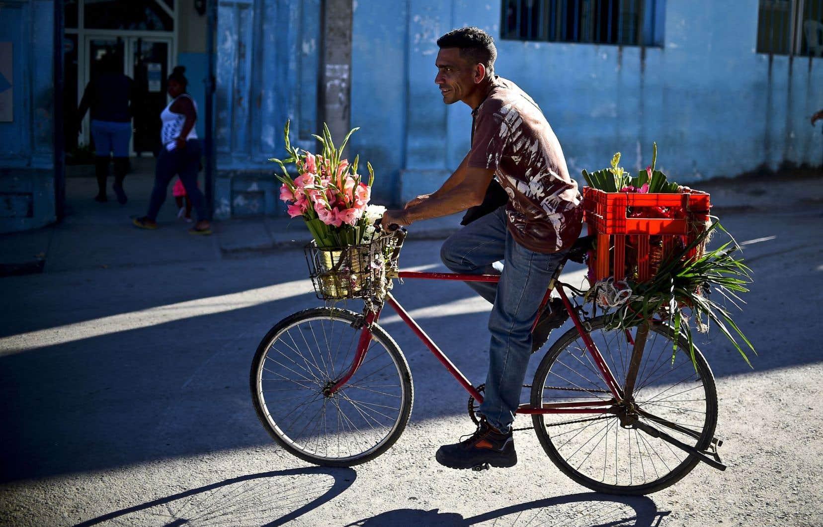 Tous les moyens sont bons pour se déplacer à Cuba.