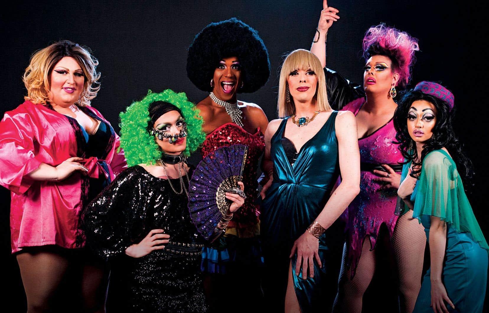 «Ils de jour, elles de nuit» propose un portrait de ce métier pas comme les autres à travers le quotidien de six drag queens québécoises.