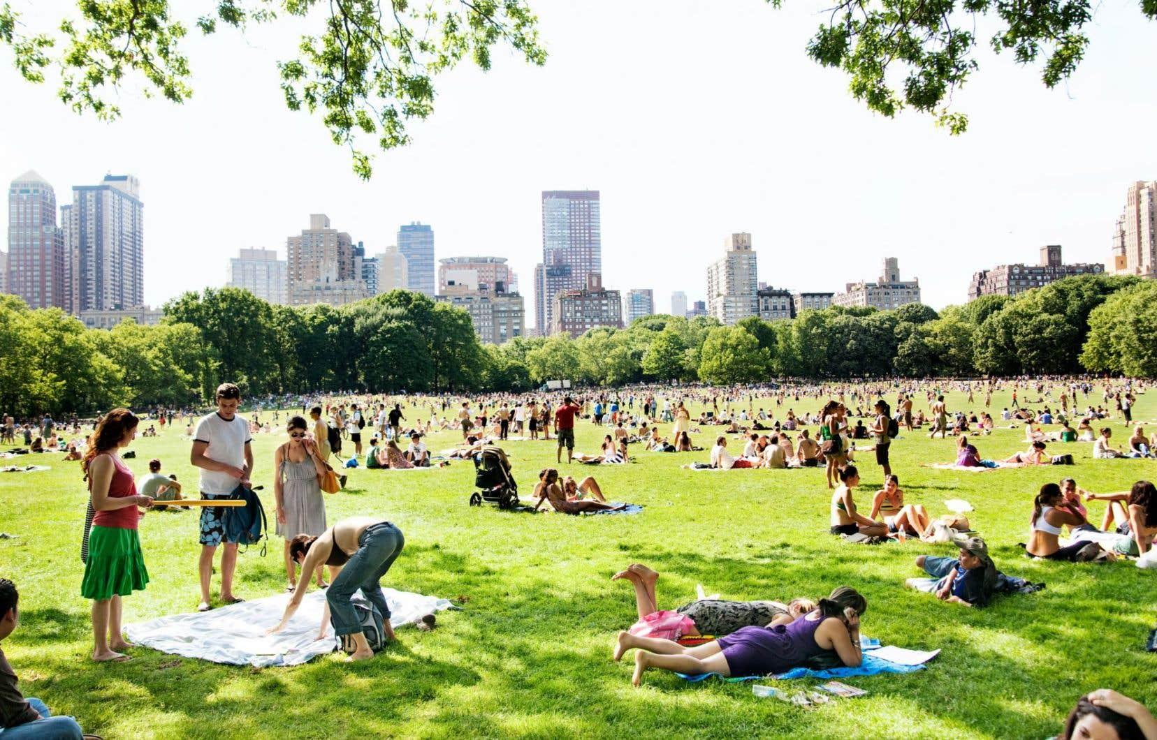 L'idée de corriger la mondialisation néolibérale par l'apport de villes orientées vers le progrès écologique et social suscite l'intérêt.