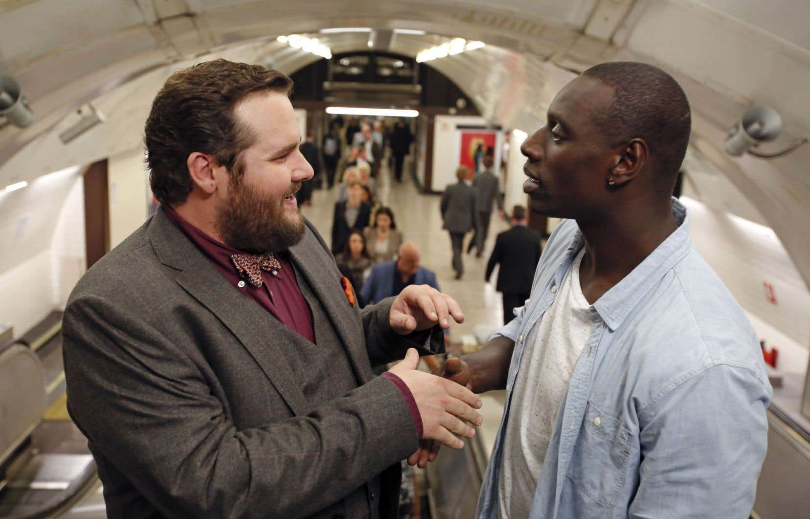 Aux yeux du cinéaste, Antoine Bertrand, ici avec Omar Sy dans une scène de «Demain tout commence», a tout pour réussir à Paris.