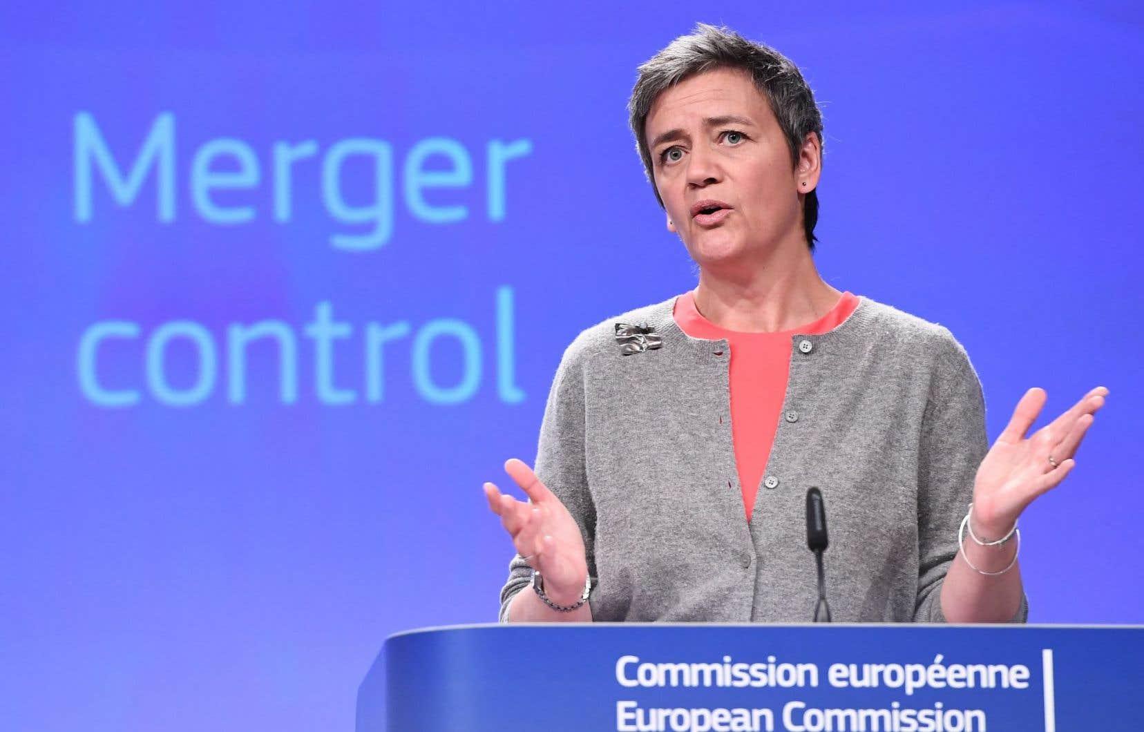 La Commissaire européenne à la Concurrence, Margrethe Vestager, a expliqué la décision de donner le feu vert à la fusion.