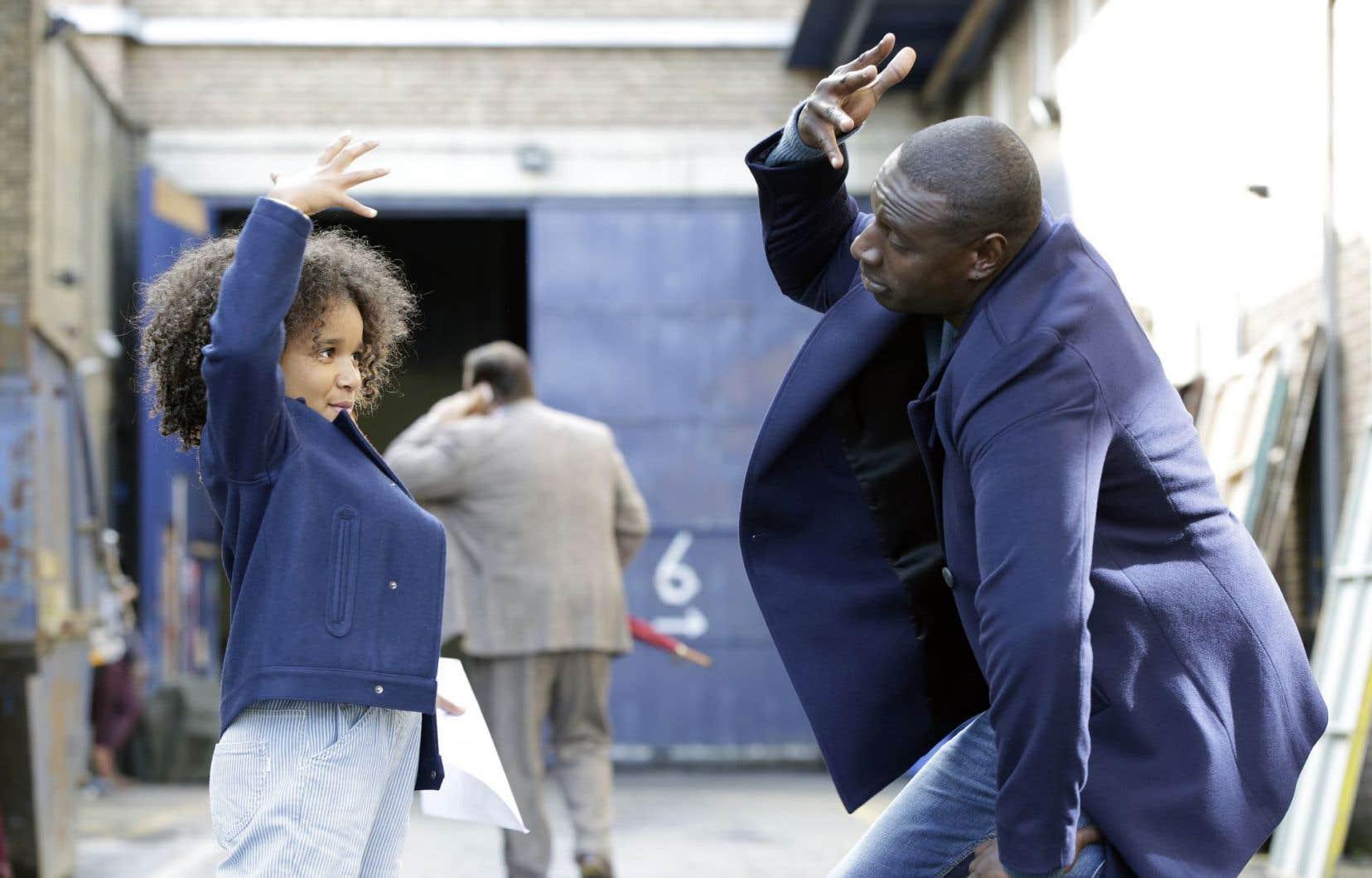 Gloria Colston et Omar Sy dans «Demain tout commence»