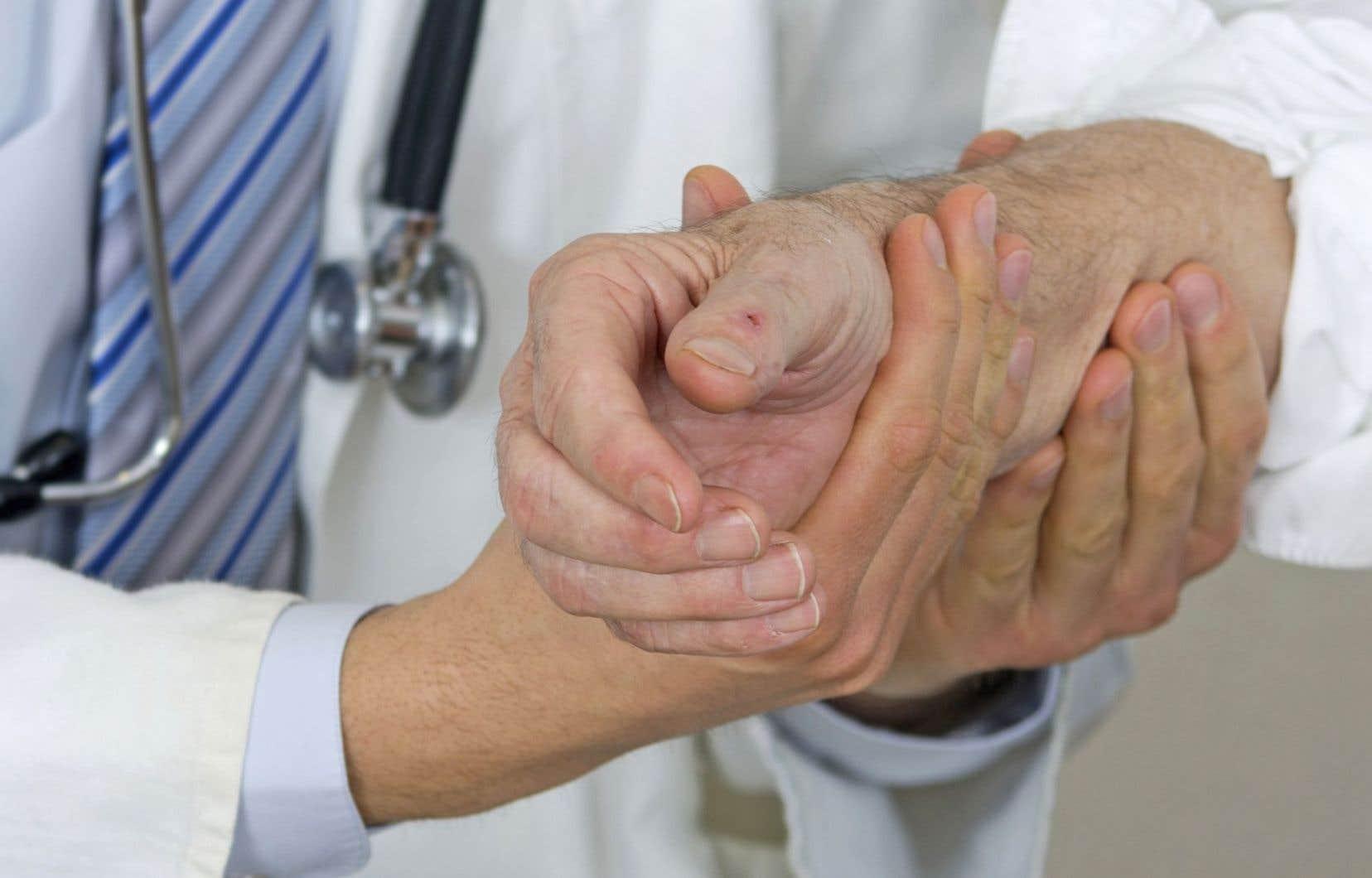 Selon Gaétan Barrette, la loi 20 est un succès parce que 560 000 patients ont eu accès, depuis son instauration, à un médecin de famille.