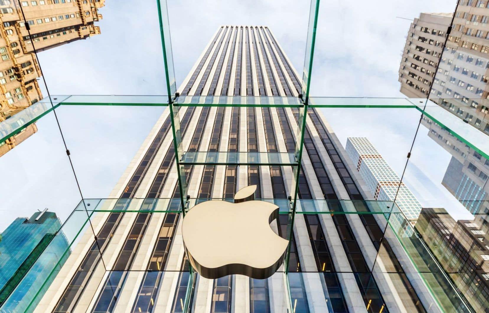 Le géant Apple arrive en tête du classement avec plus de 200 milliards stockés «offshore».