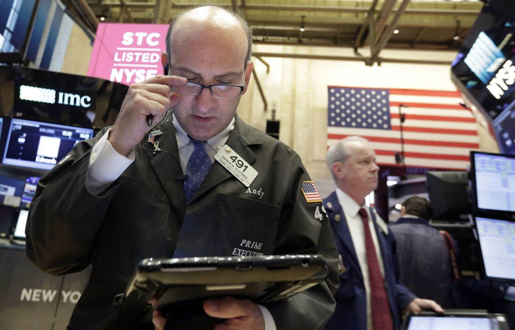 En se plaignant du dollar fort, Donald Trump a provoqué un repli immédiat du billet vert face à l'euro.