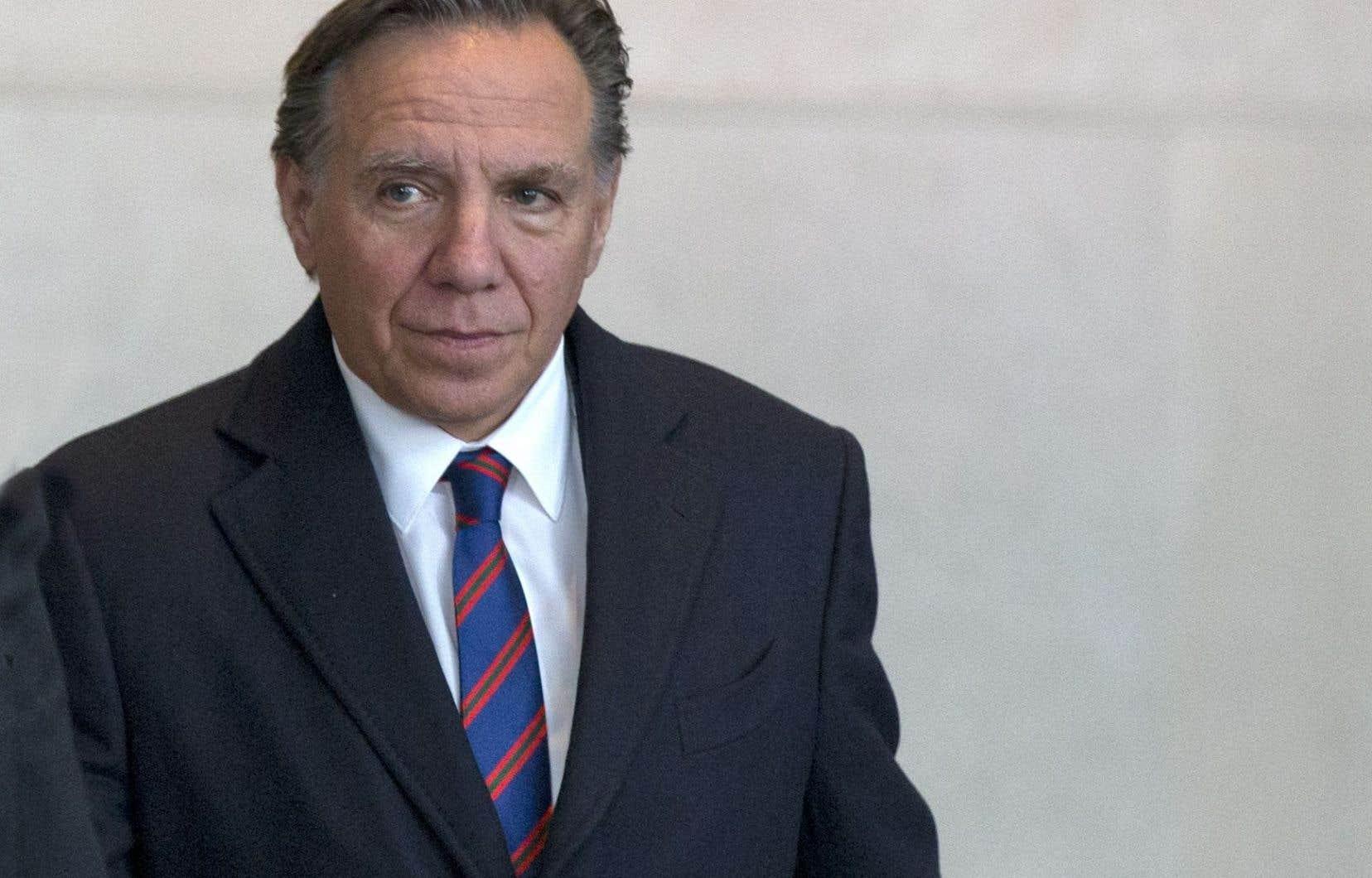 Le parti de François Legault a lancé la campagne «Libéraux, remboursez!» après que le gouvernement libéral eut annoncé qu'il ne rembourserait pas aux clients d'Hydro-Québec un trop-perçu.