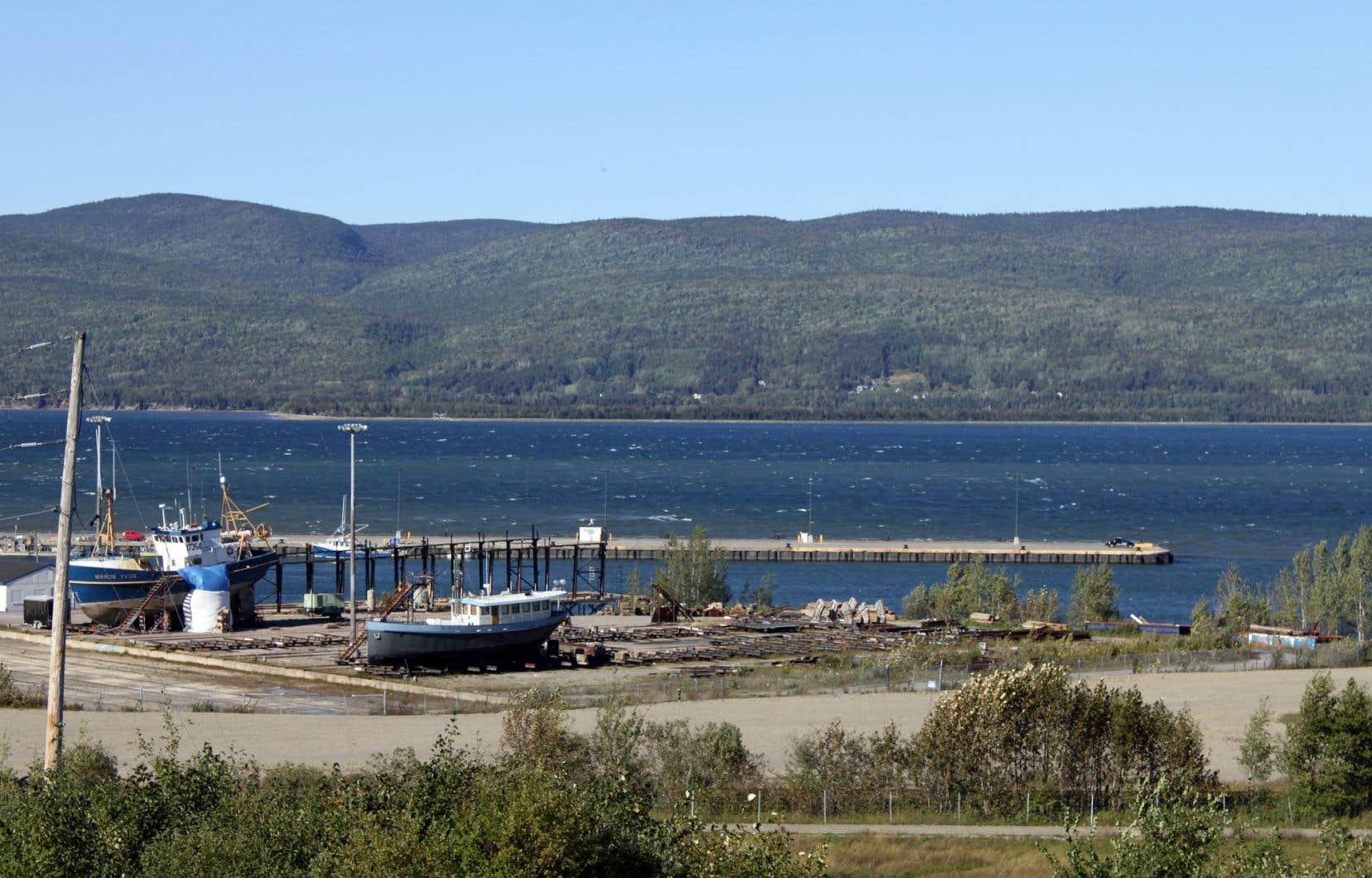 Le port de Sandy Beach, à Gaspé. Des négociations seraient en cours entre Québec et Ottawa en vue du transfert des infrastructures, mais la municipalité ignore la teneur des discussions.