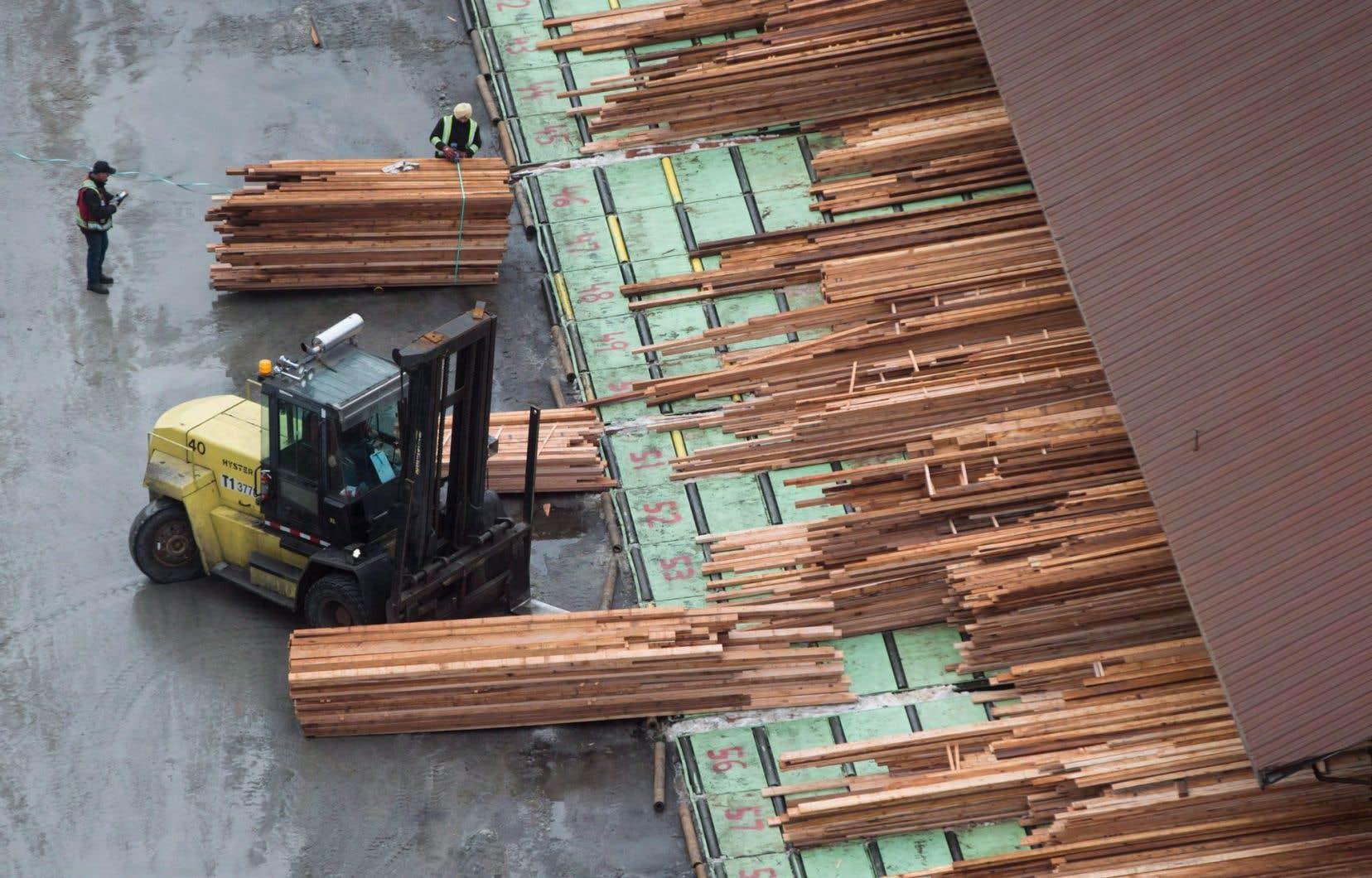 Le bois d'oeuvre n'est pas le seul produit canadien qui pourrait subir les foudres de la Maison-Blanche.