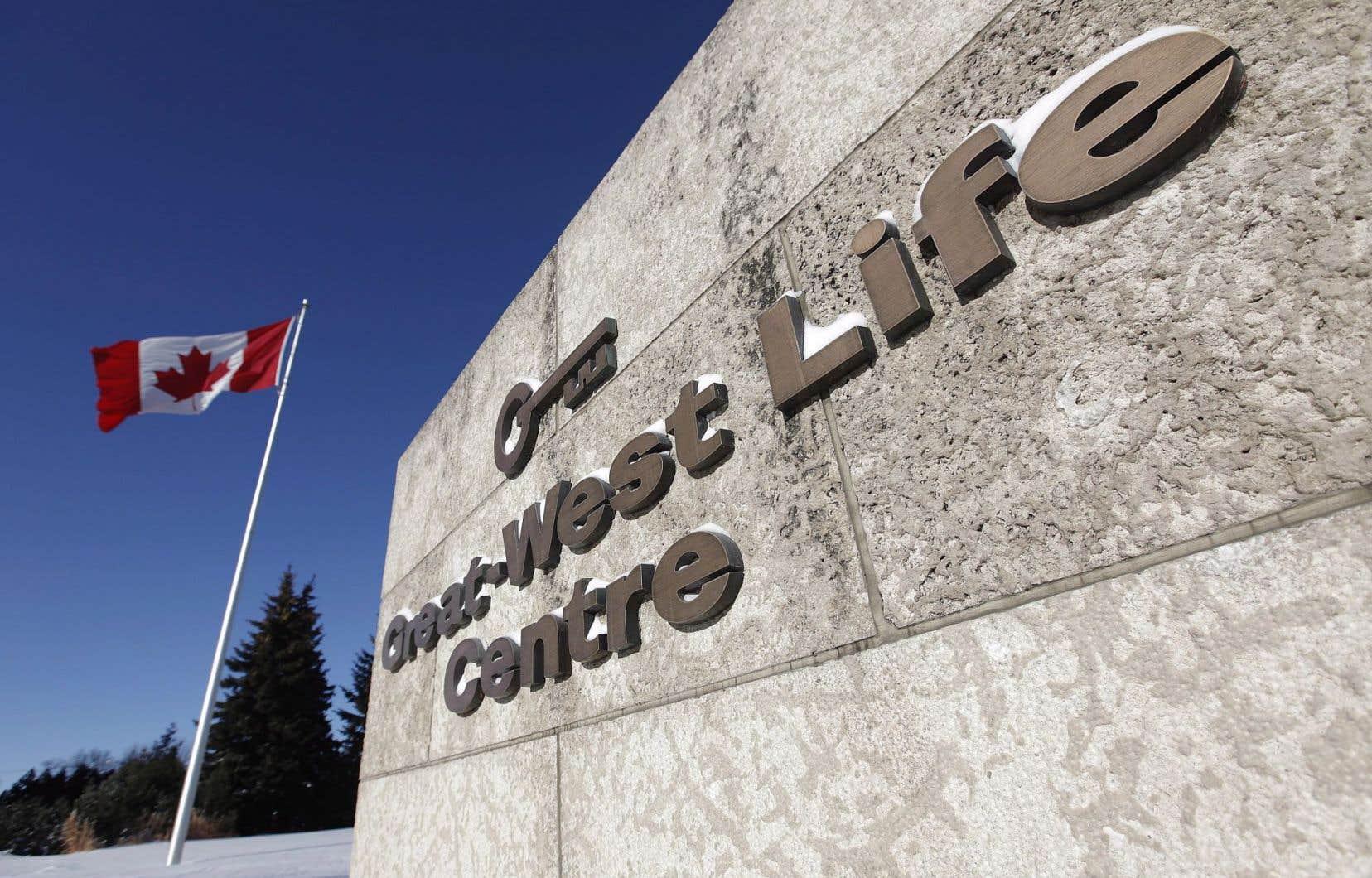 Les suppressions de postes représentent 13% des 12000 employés de la société établie à Winnipeg.