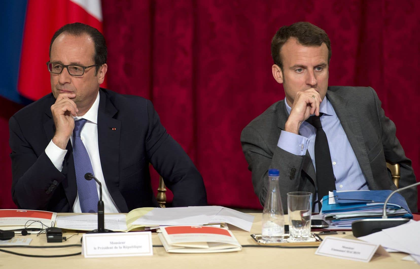 François Hollande et Emmanuel Macron, alors ministre de l'Économie, en juin 2016. François Hollande a appelé à voter Macron au deuxième tour.