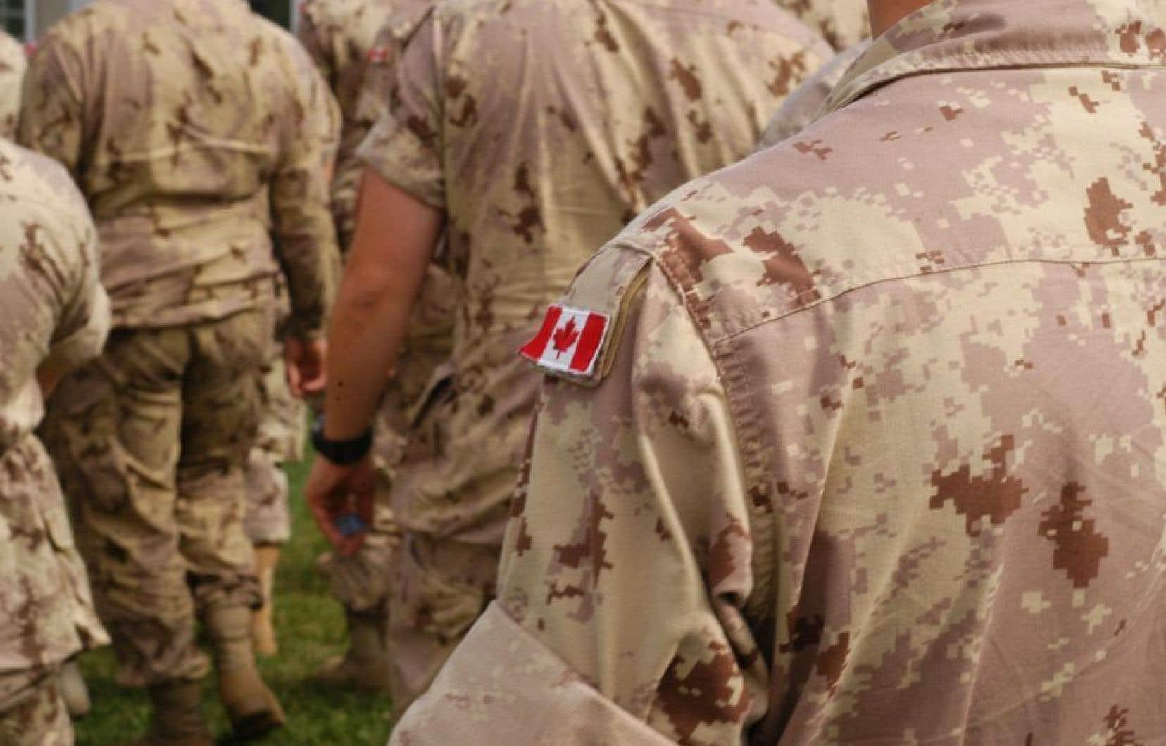La police militaire prévoit réviser plus de 150 cas d'inconduite sexuelle rapportés entre2010 et2016 et alors jugés non fondés.