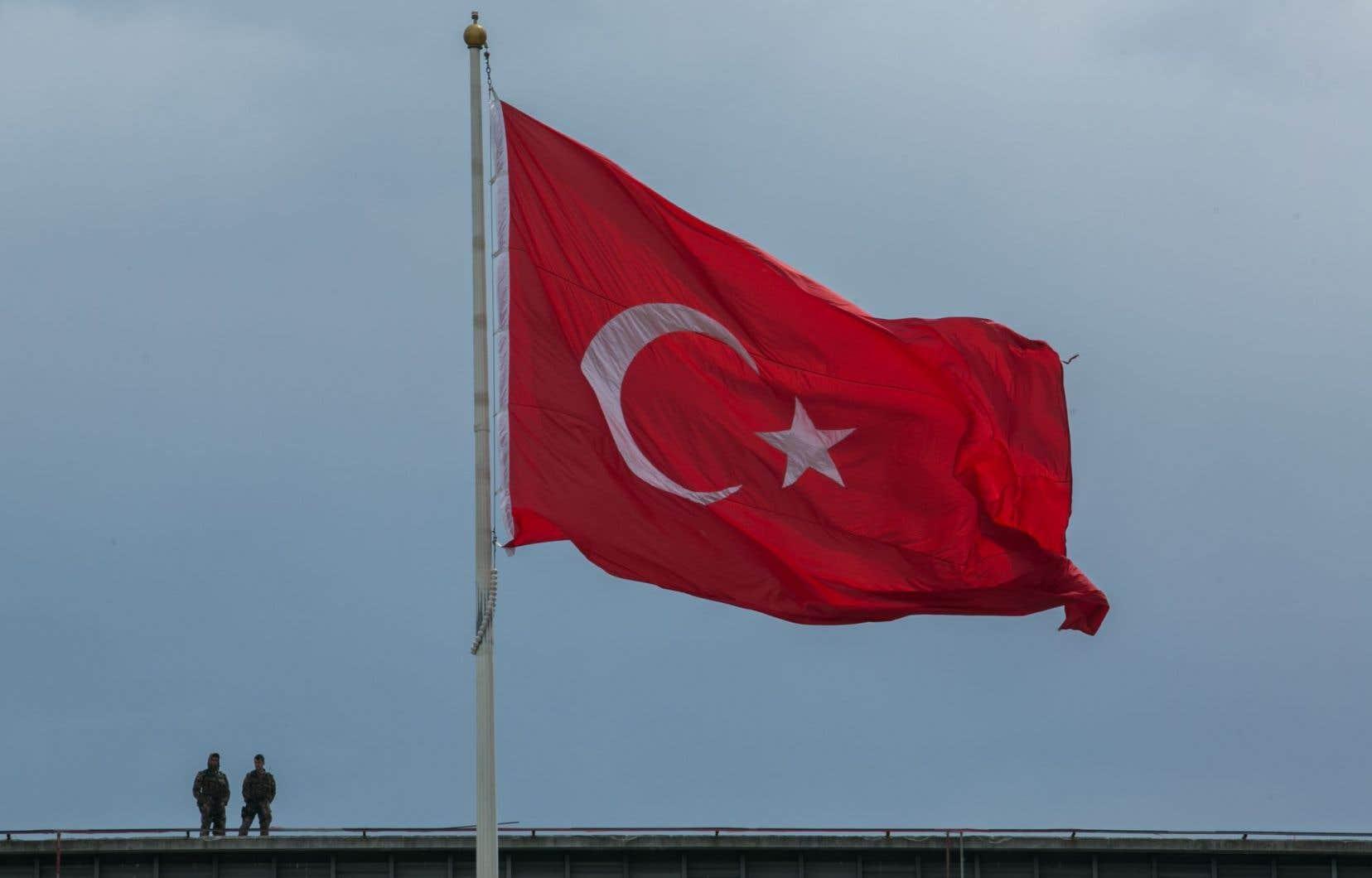 Depuis la tentative de coup d'État du 15juillet 2016 en Turquie, 47000 personnes ont déjà été arrêtées.