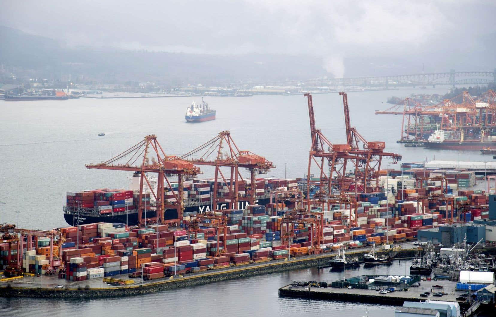 Les exportations canadiennes ont grimpé de 3,8 % à 47 milliards. Les volumes ont gagné 2,5 % pendant que les prix prenaient 1,3 %.