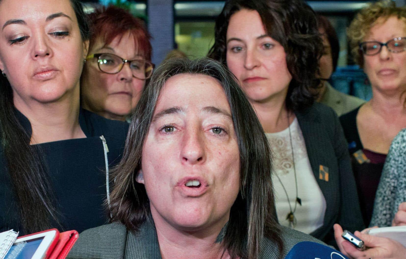La présidente démissionnaire de la Fédération des femmes du Québec, Mélanie Sarazin