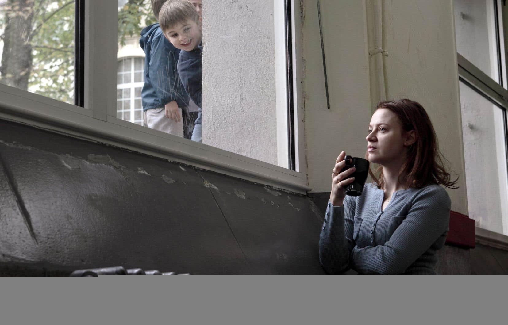Dans le rôle de Florence, Sara Forestier livre une autre performance forte.