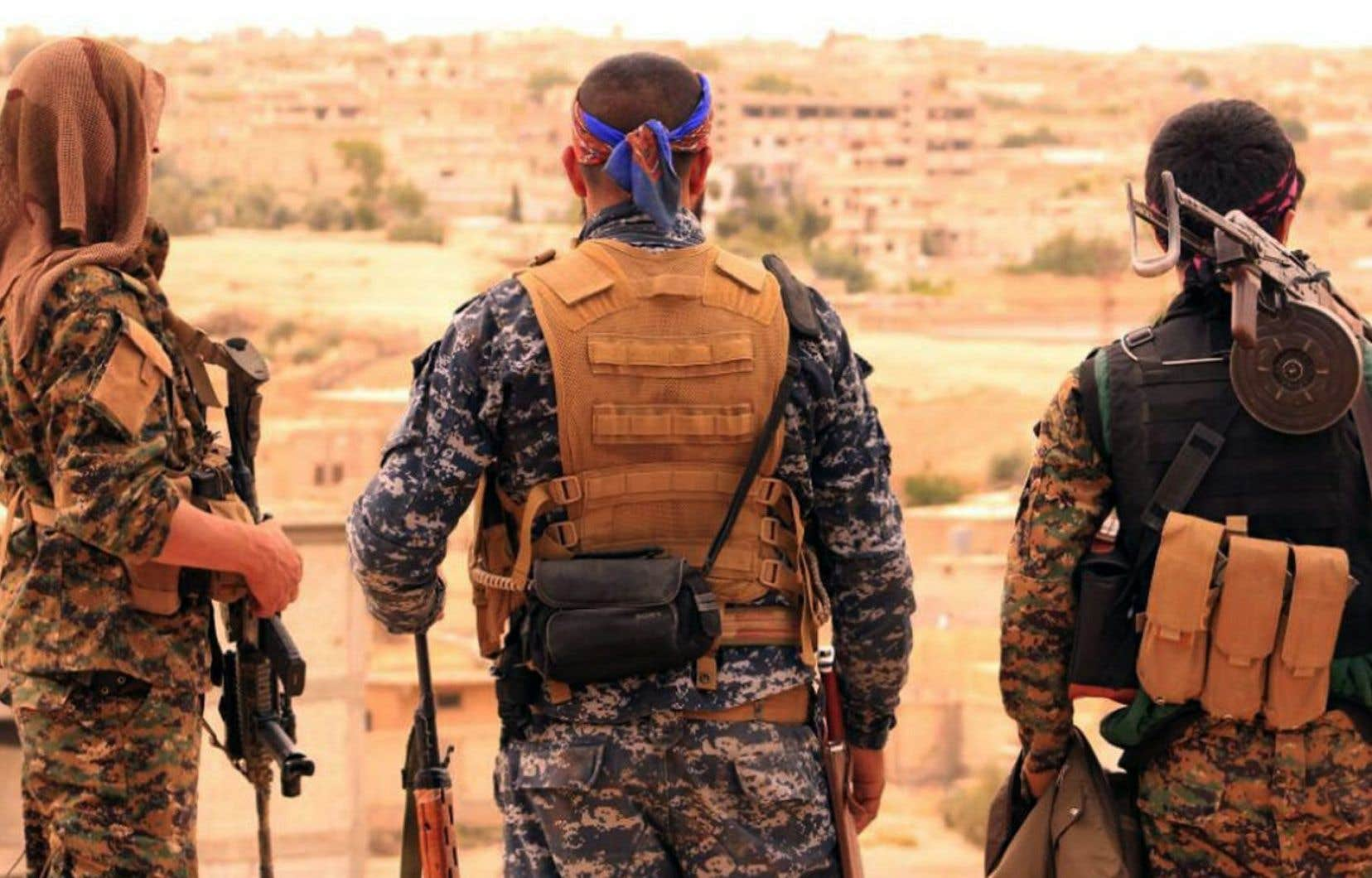 Les Forces démocratiques syriennes, à la faveur d'une vaste offensive déclenchée en novembre 2016, ont réussi à chasser les djihadistes de plusieurs secteurs menant à la ville de Raqqa.