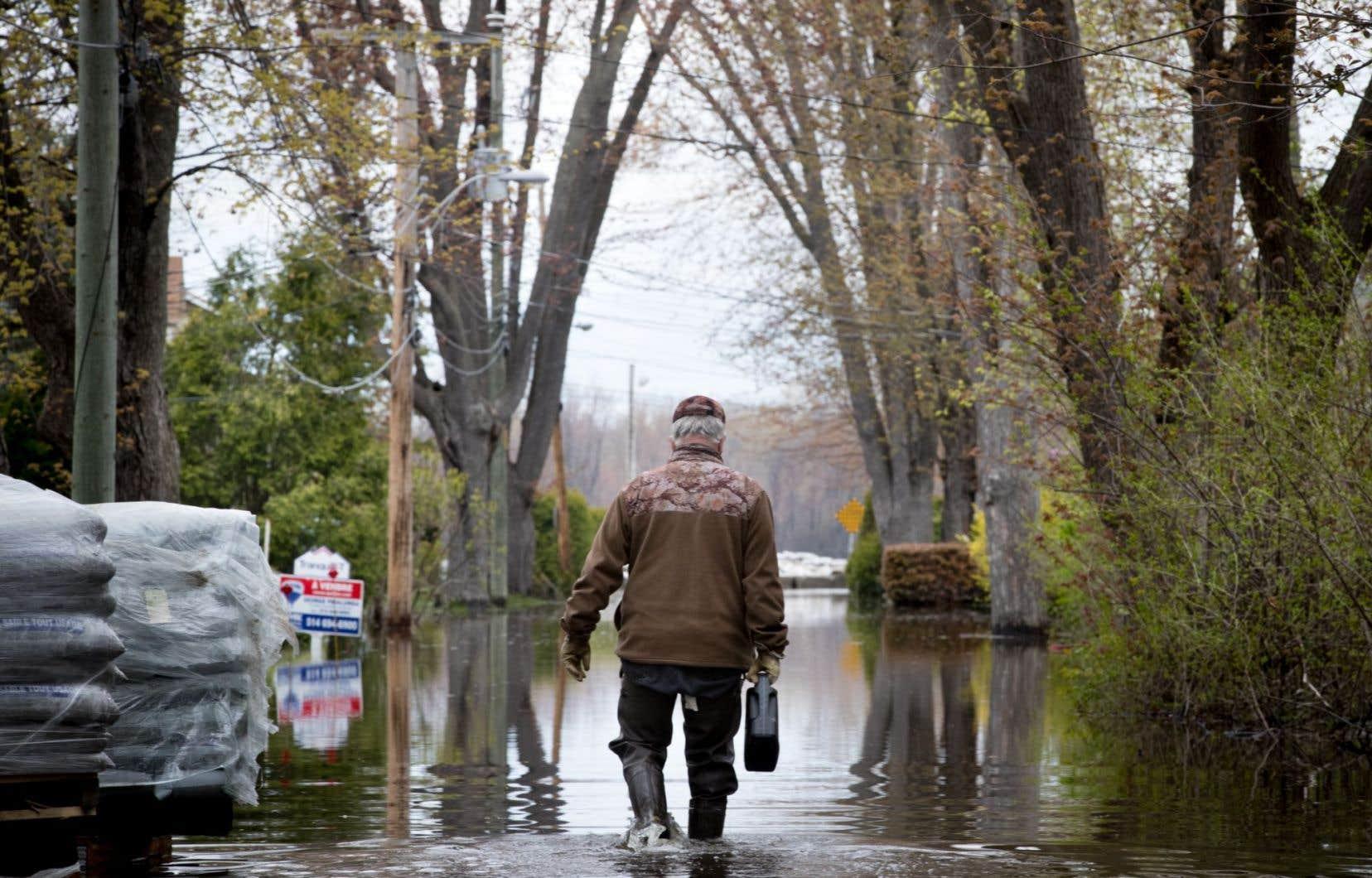 La crue des dernières semaines a causé d'importants dégâts dans plusieurs régions du Québec.