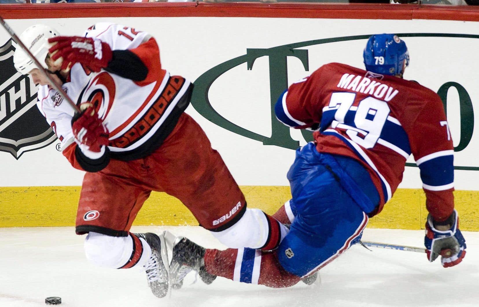 L'étude note que la chirurgie serait quand même utile chez les personnes souffrant d'une blessure sportive - c'est le cas du défenseur du Canadien, Andreï Markov, qui a subi unearthroscopie avec succès en 2011.