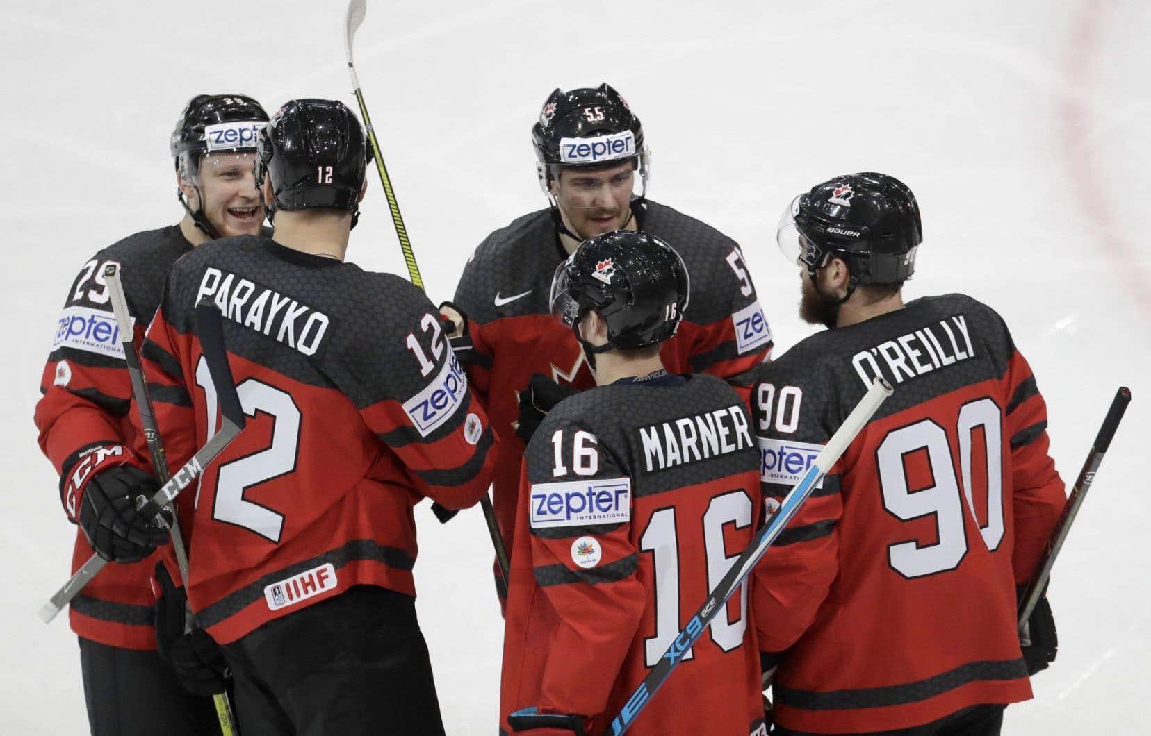 En vertu de cette victoire, le Canada a terminé la phase préliminaire avec une récolte record de 19 points et un dossier de 6-0-0-1.