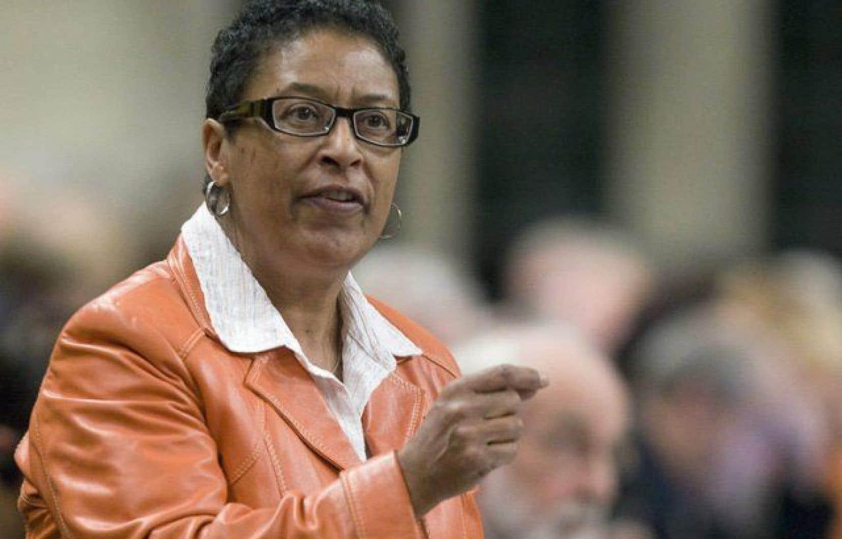 Le comité de citoyens est coprésidé par Marlene Jennings, une ancienne députée fédérale libérale et Beryl Wajsman, le rédacteur en chef du journal hebdomadaire The Suburban.