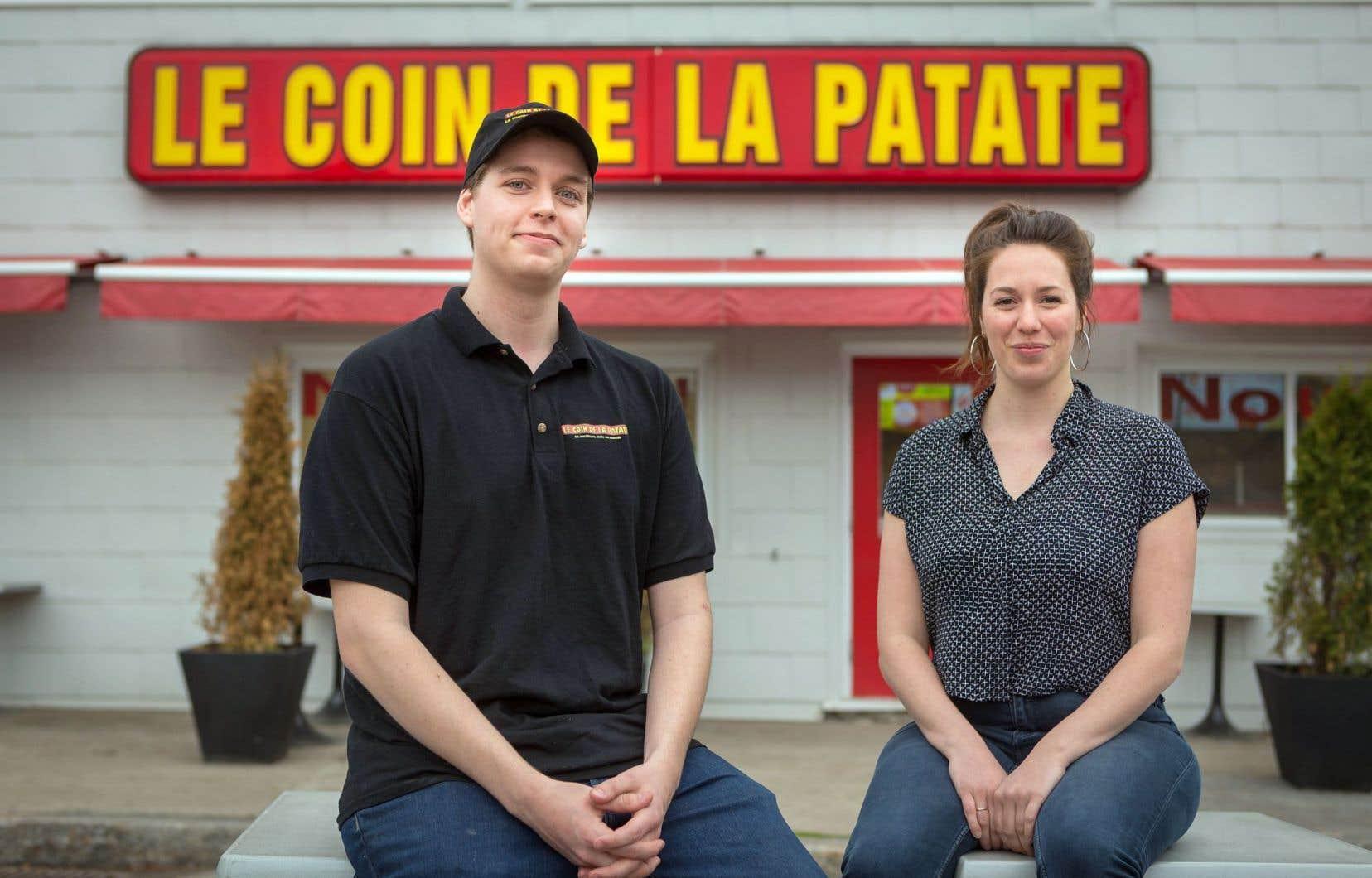 Christopher Trudel, gérant du Coin de la patate, et la conceptrice de «Projet BBQ», Claude Breton-Potvin