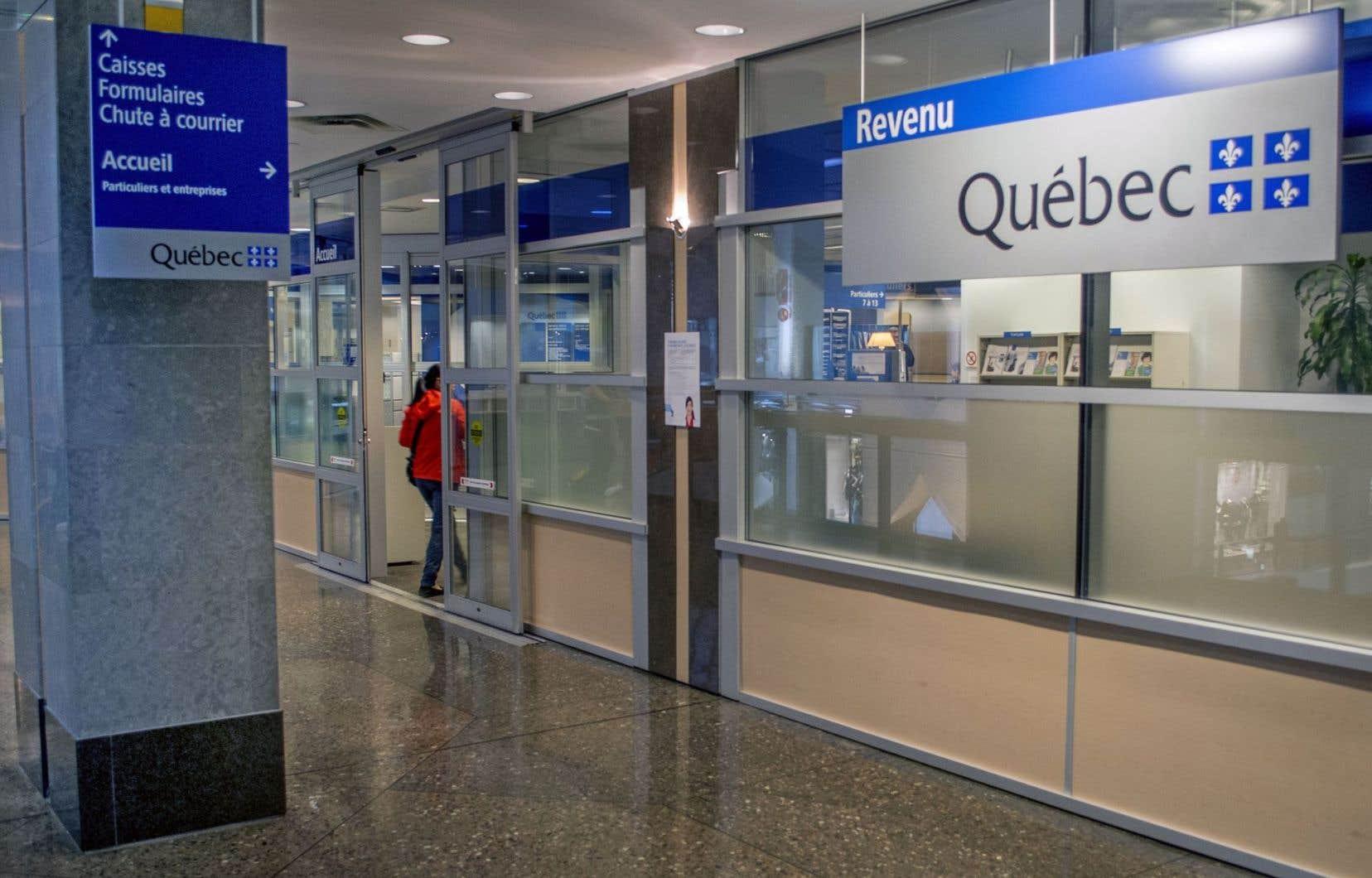 Des milliers de québécois privés de remboursements d impôt le devoir