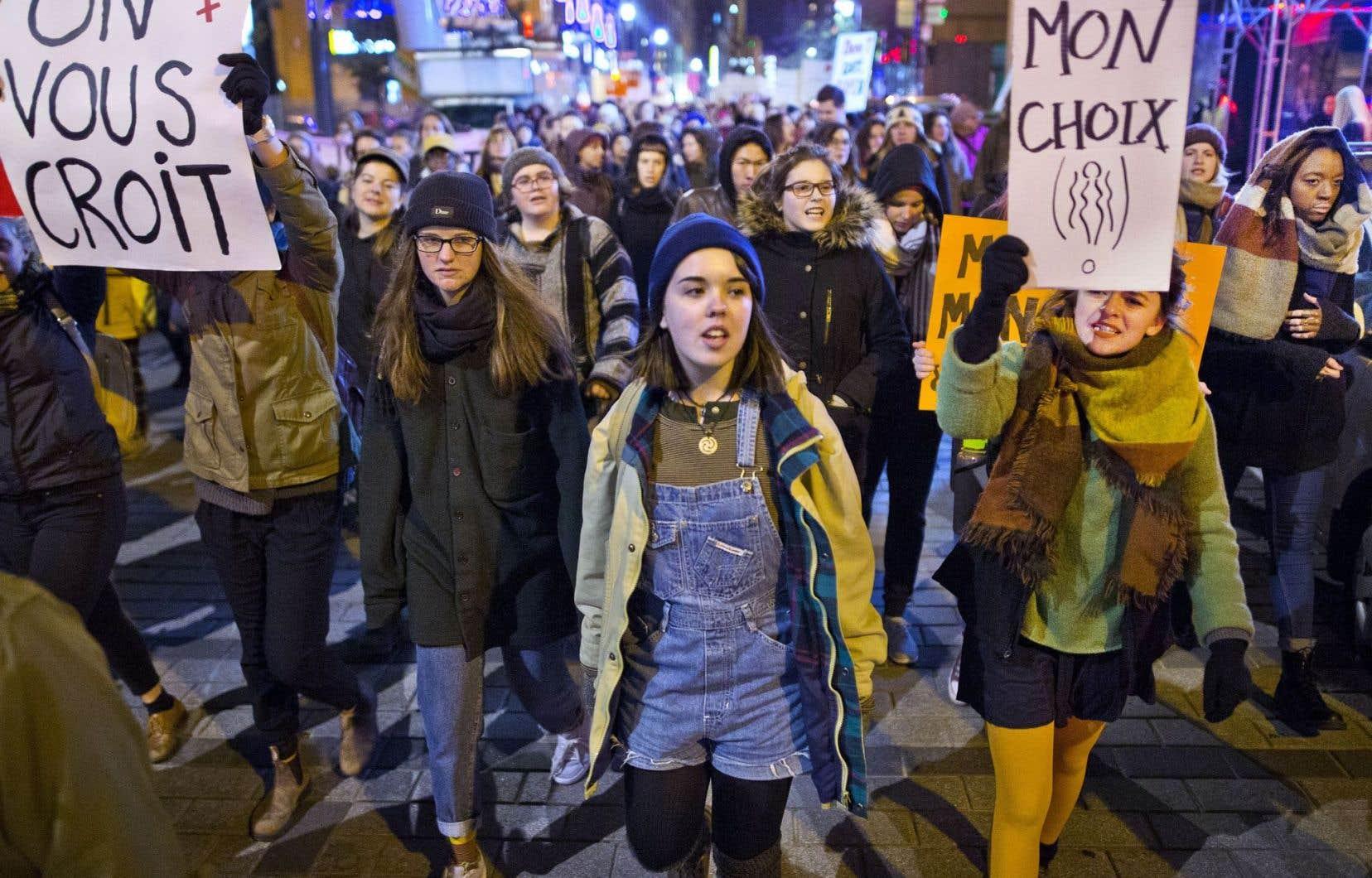 À Montréal, une marche pour dénoncer la culture du viol
