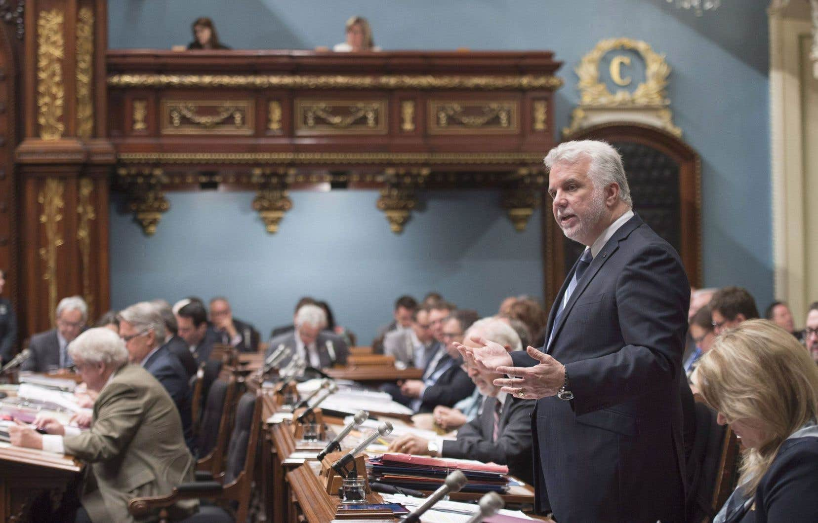 Le premier ministre Philippe Couillard aura mis quelques années à étayer sa pensée sur la question constitutionnelle, à préciser son argumentaire et à rédiger une brique de près de 200 pages.