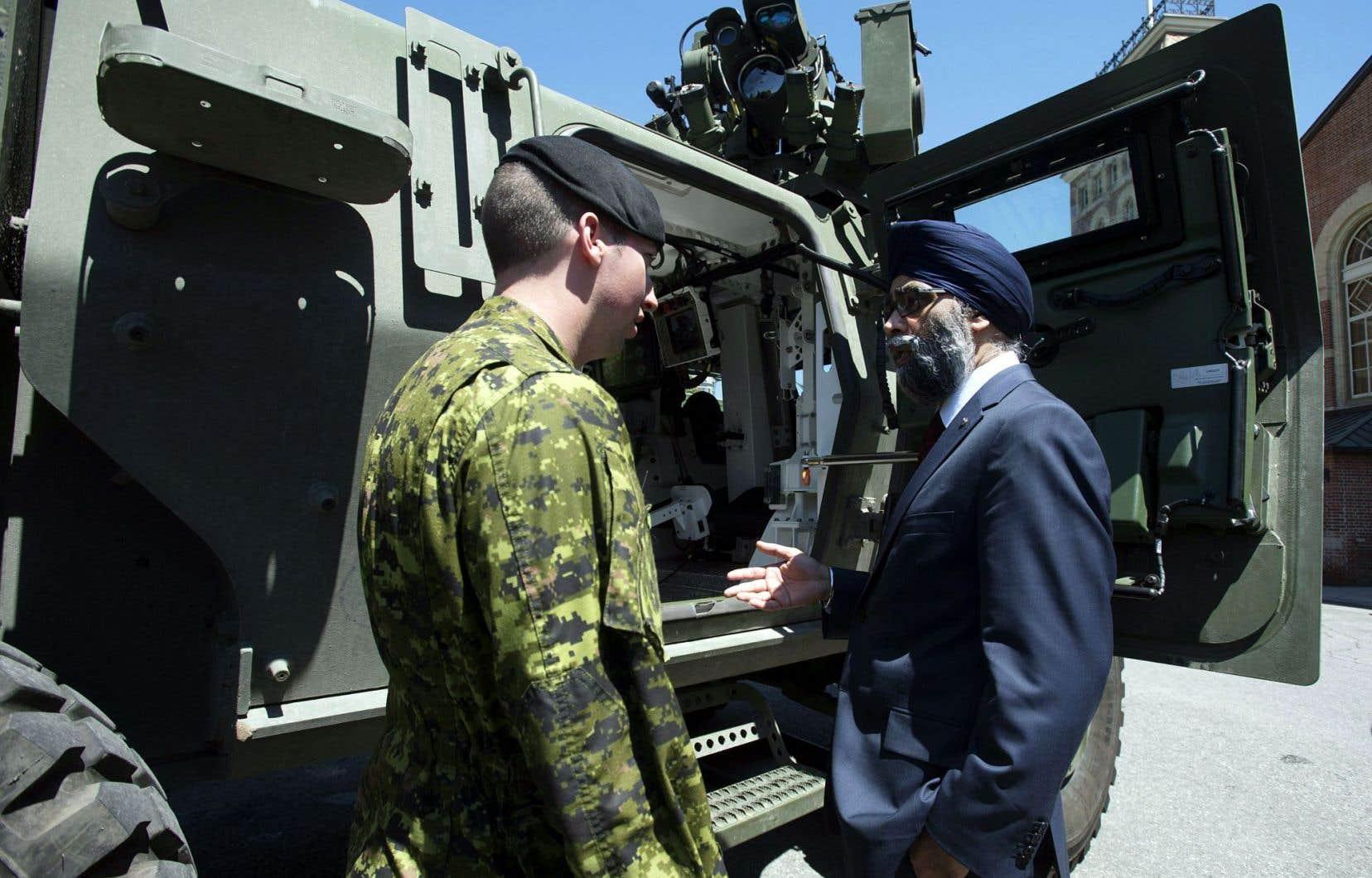 Le ministre Harjit Sajjan a annoncé mercredi une bonification de 70% des budgets de la défense.