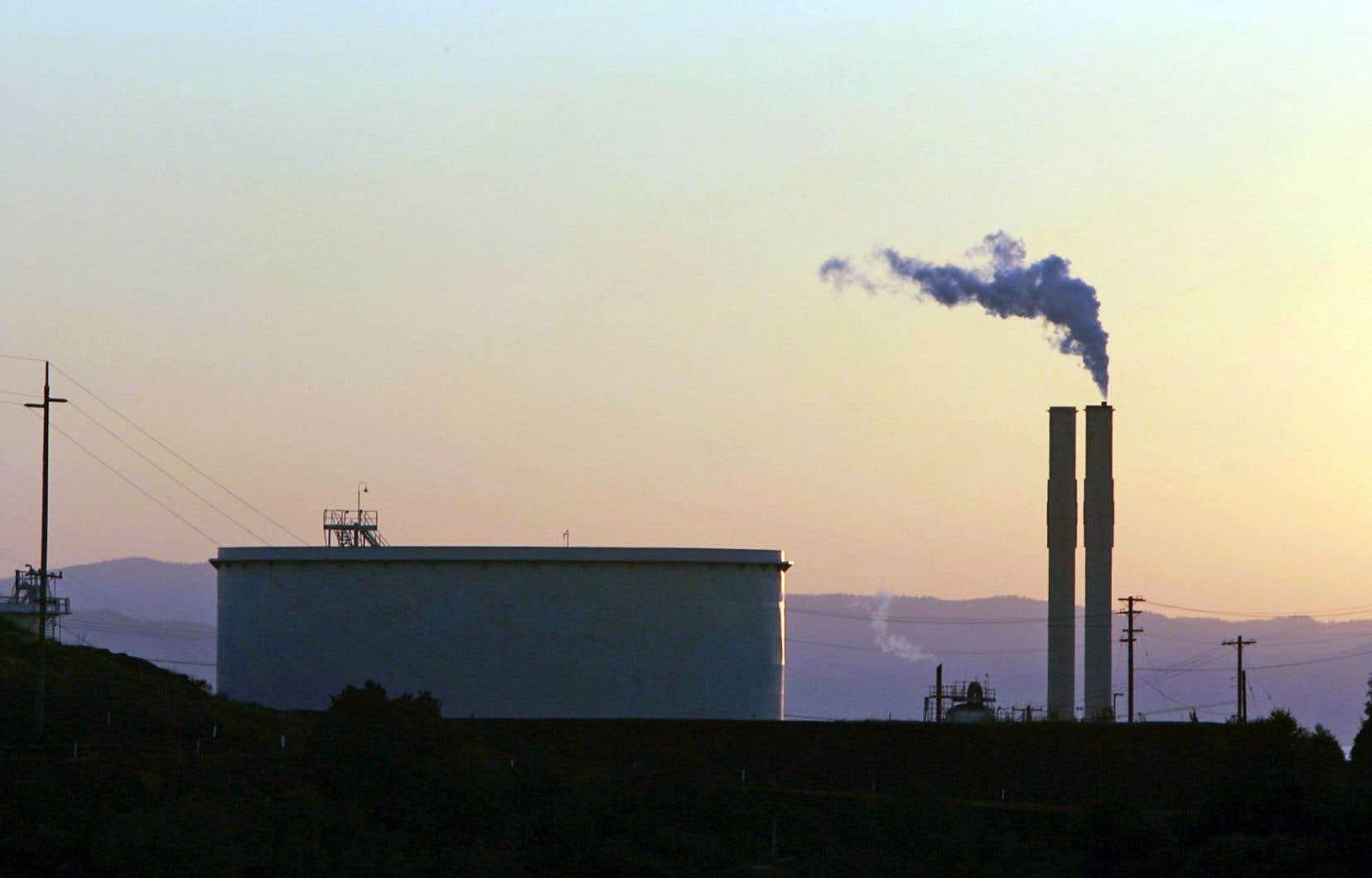 Une grande majorité des entreprises sont d'avis que le marché du carbone entraînera une fuite des capitaux vers l'extérieur du Québec.