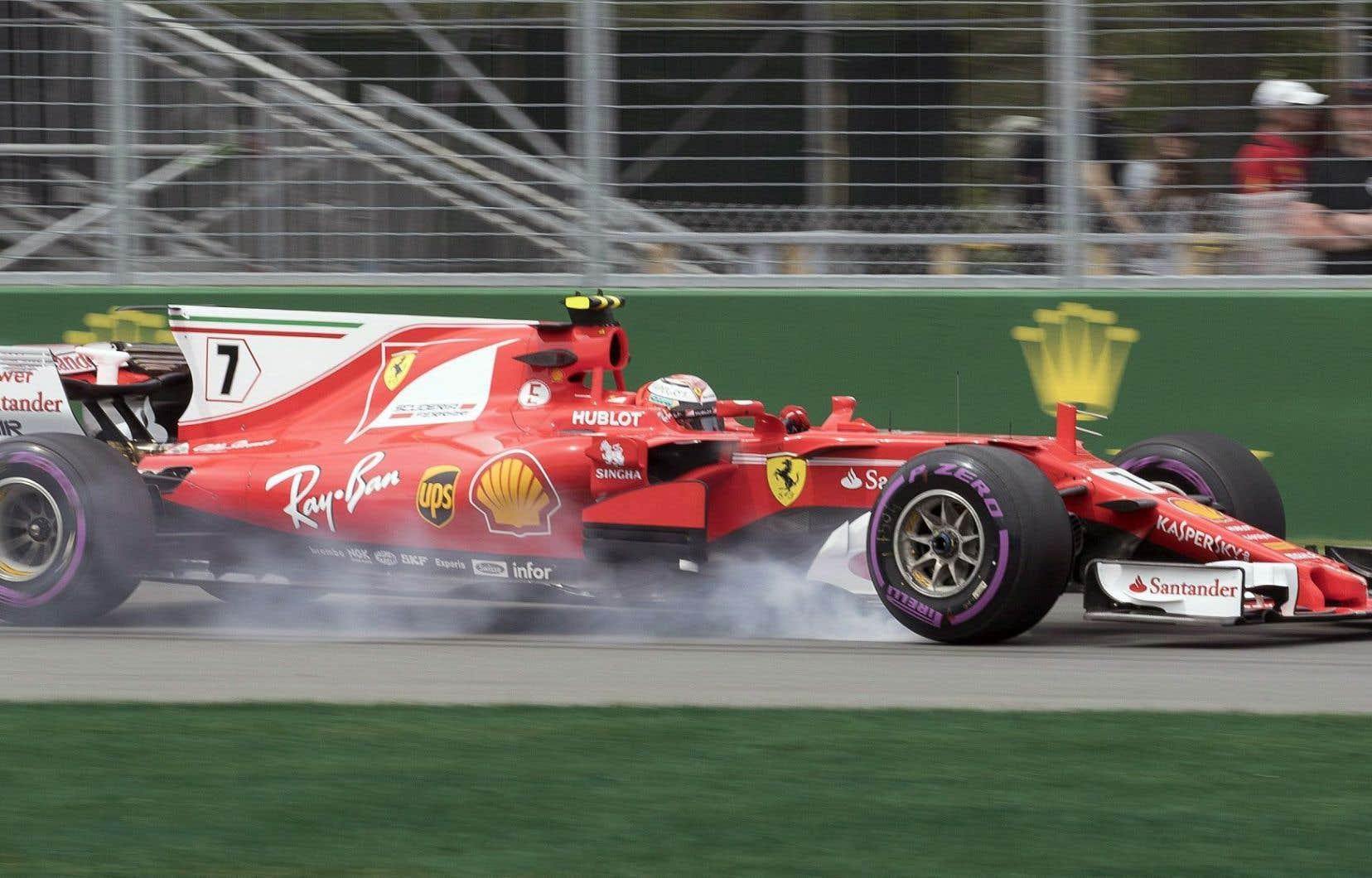 Räikkönen, âgé de 37ans, a été le seul à franchir la barre d'une minute et treize secondes (1min12s 935).