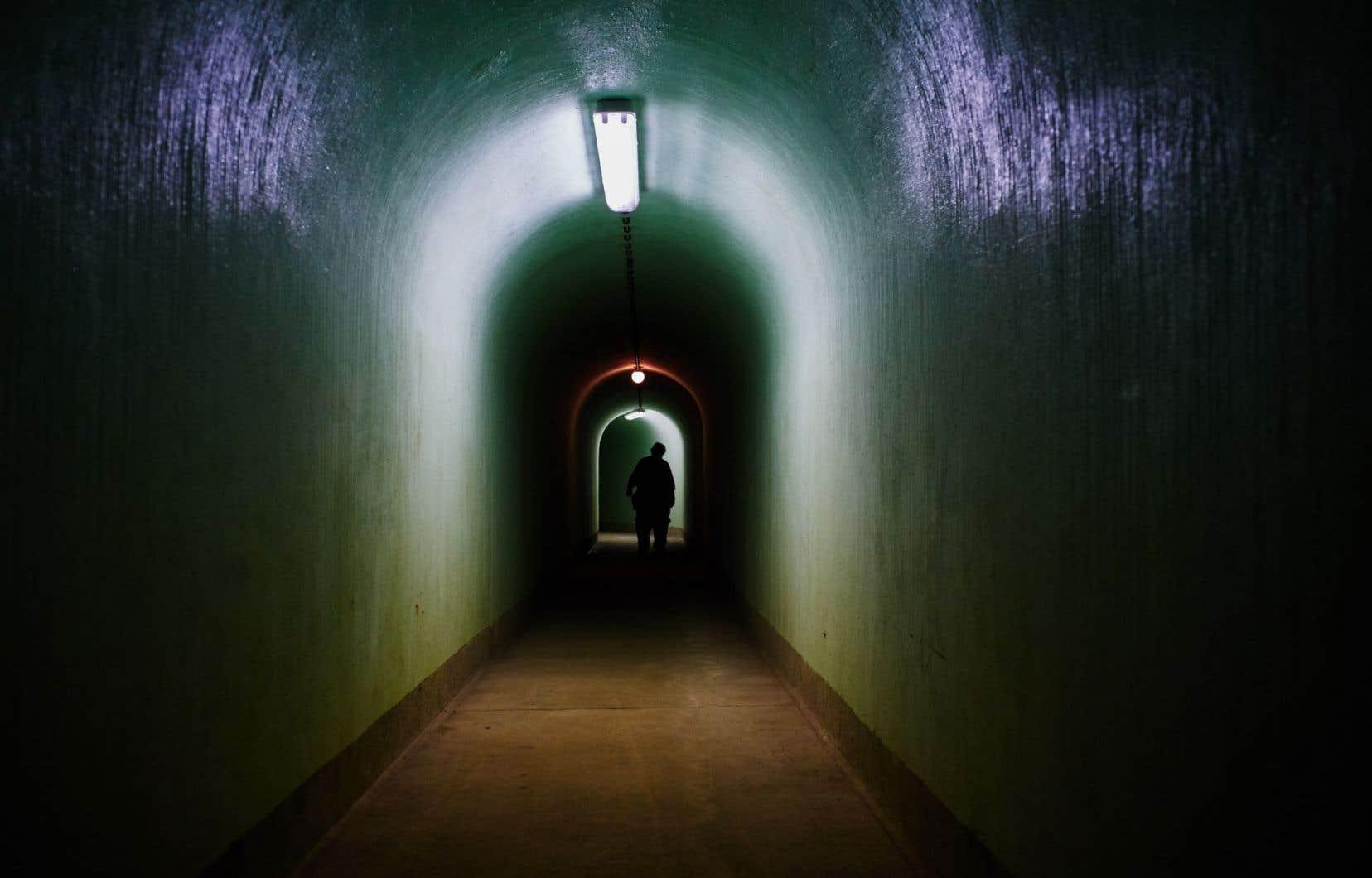 L'intérieur du bunker Skrilje, situé dans une forêt à 90 mètres sous le sol sur une base militaire scellée près de la ville de Kocevje, en Slovénie