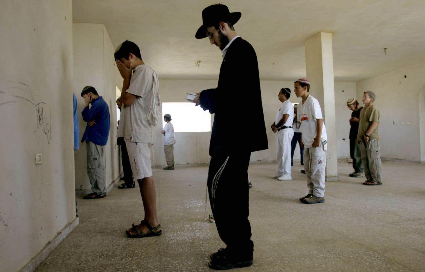 En 2017, Israël a lancé des projets pour environ 4000 logements et fait 2000 offres de construction de colonies en Cisjordanie et à Jérusalem-Est.