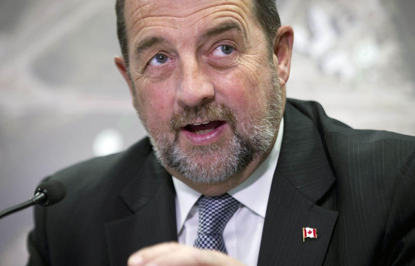 Denis Lebel en 2014, alors qu'il était ministre fédéral des Transports, de l'Infrastructure et des Collectivités