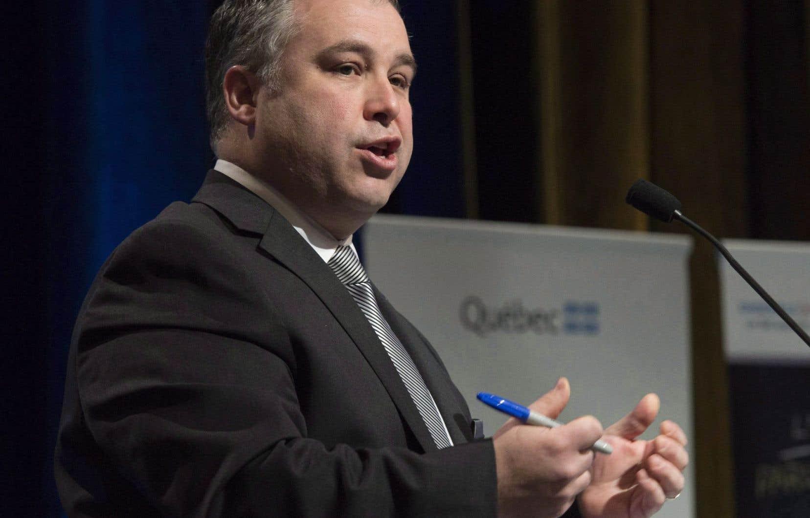 Le ministre de l'Éducation Sébastien Proulx jongle notamment avec l'idée de créer un ordre professionnel pour les orthopédagogues.