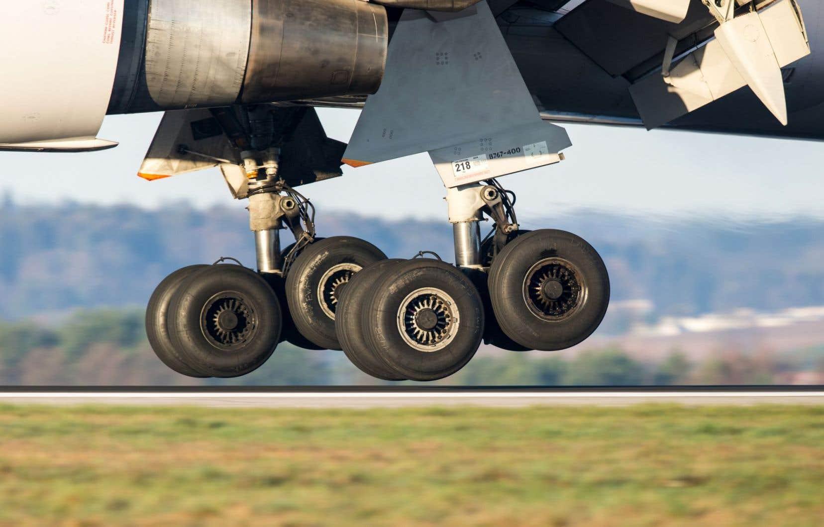 «[...] sur le dossier de l'aéronautique, nous défendrons toujours les entreprises canadiennes et les travailleurs canadiens», a prévenu le premier ministre Justin Trudeau.
