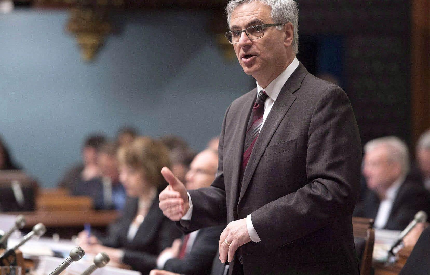Quand le ministre Fournier a exprimé ses inquiétudes au sujet des communautés anglophones hors de Montréal, c'est la précarité du français qui s'est trouvée au centre des discussions dans la presse.