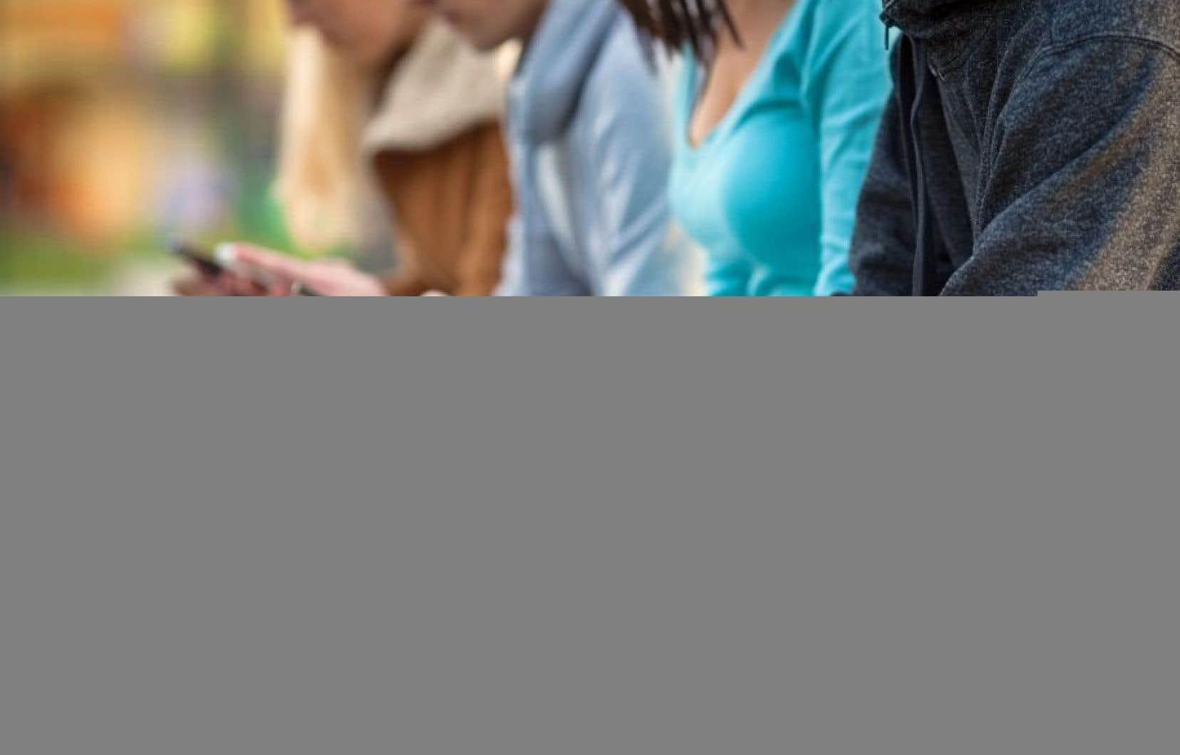 81% des jeunes de 18-34 ans qui possèdent un téléphone intelligent.