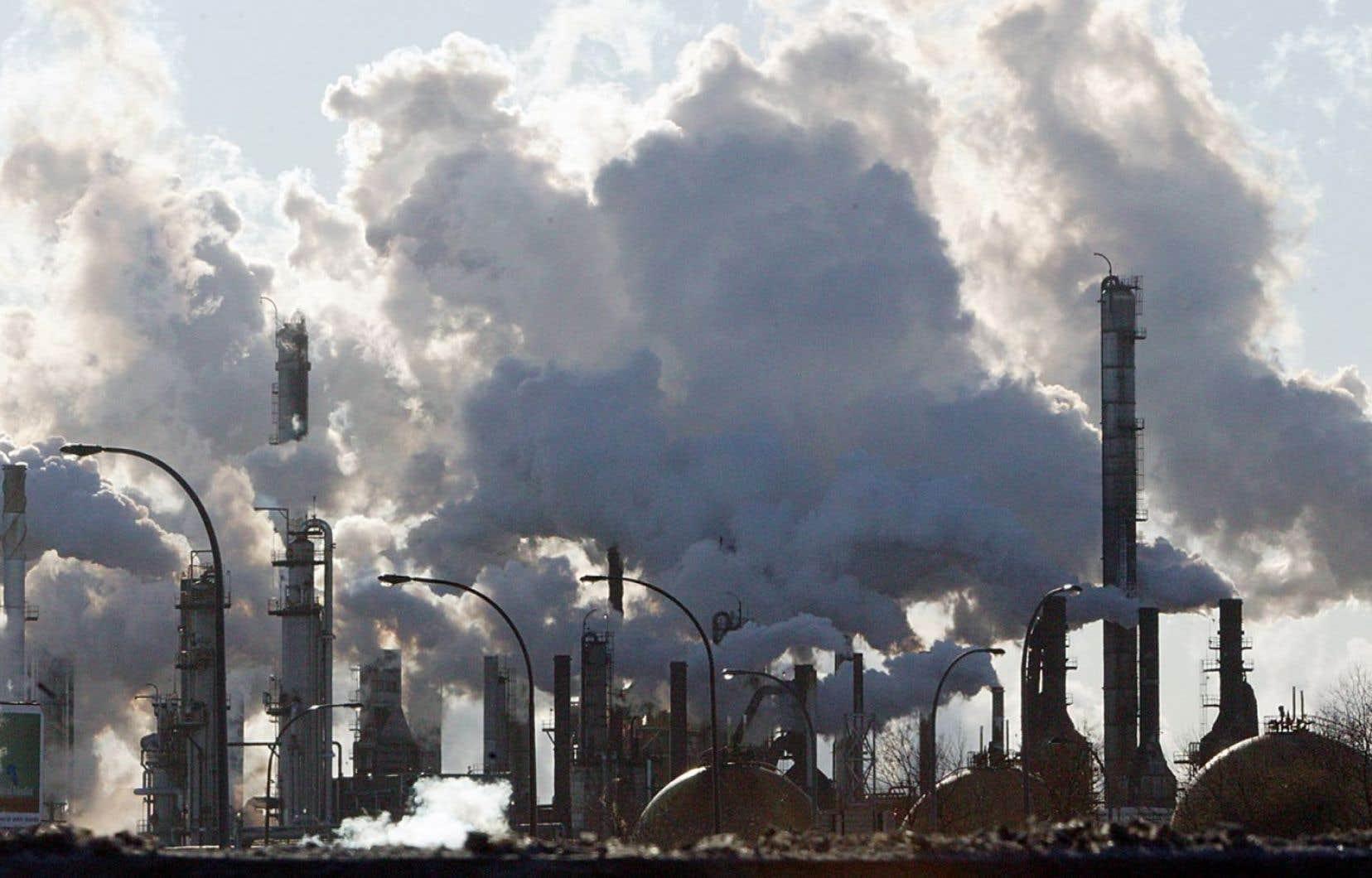 En 2015-2016, le Québec avait diminué ses émissions de GES de 1,4 mégatonne par rapport au niveau de 1990.